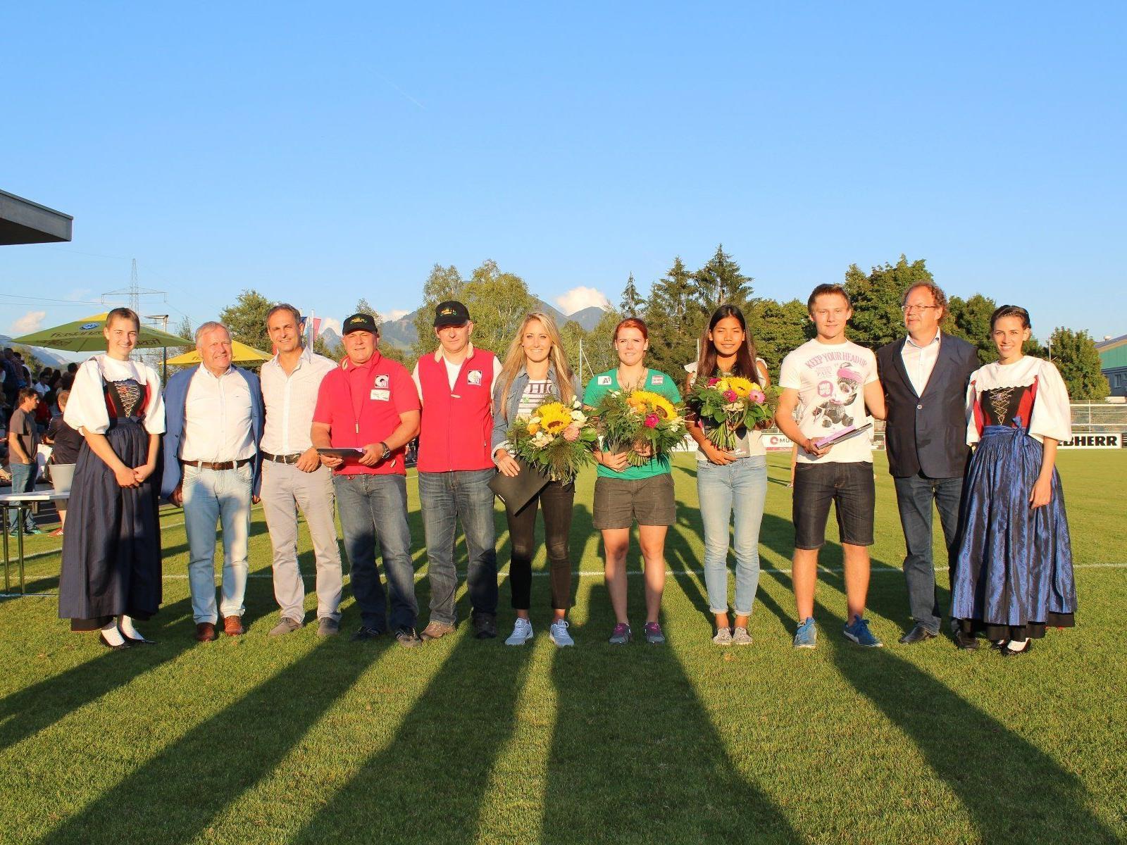 Marktgemeinde Nenzing ehrte ihre erfolgreichsten Sportlerinnen und Sportler.