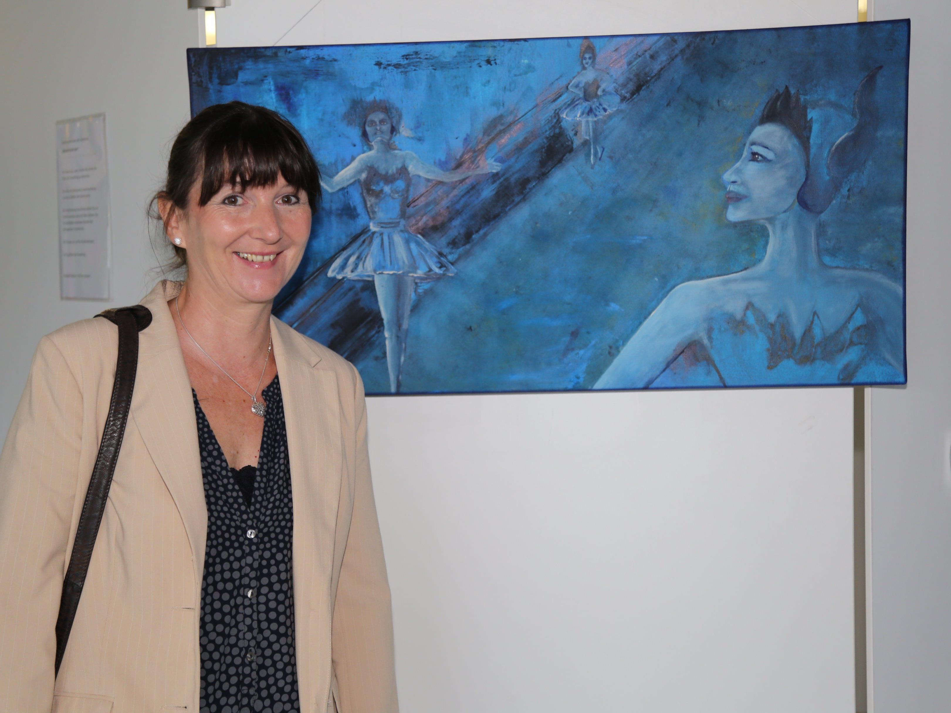 Elisabeth Bösch und Günther Lampert stellen bis 27. August ihre Werke im LKH aus.