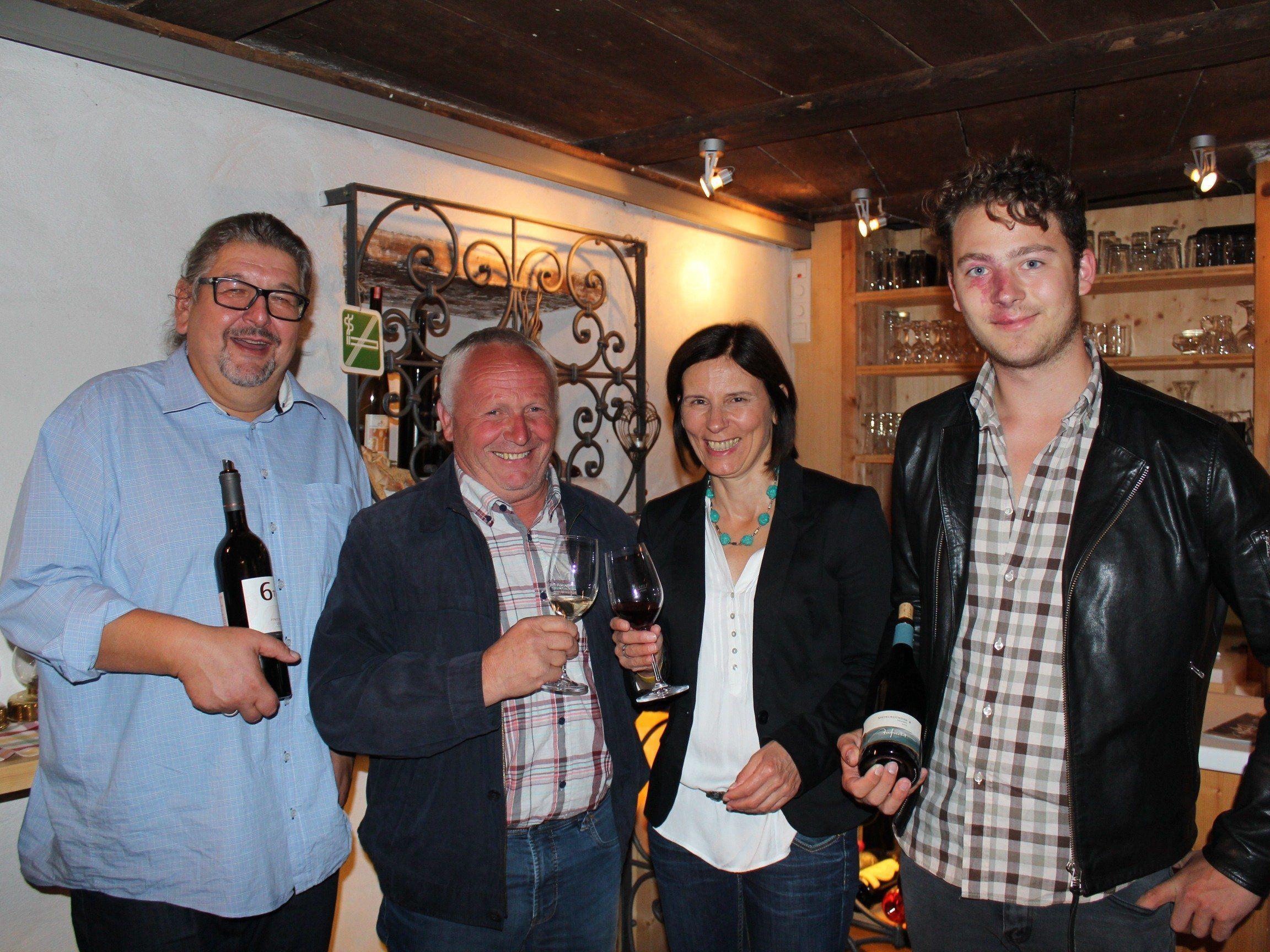 Thomas Würbel mit Roman Immler, Judith Schilling-Grabher und Johannes Aufricht.
