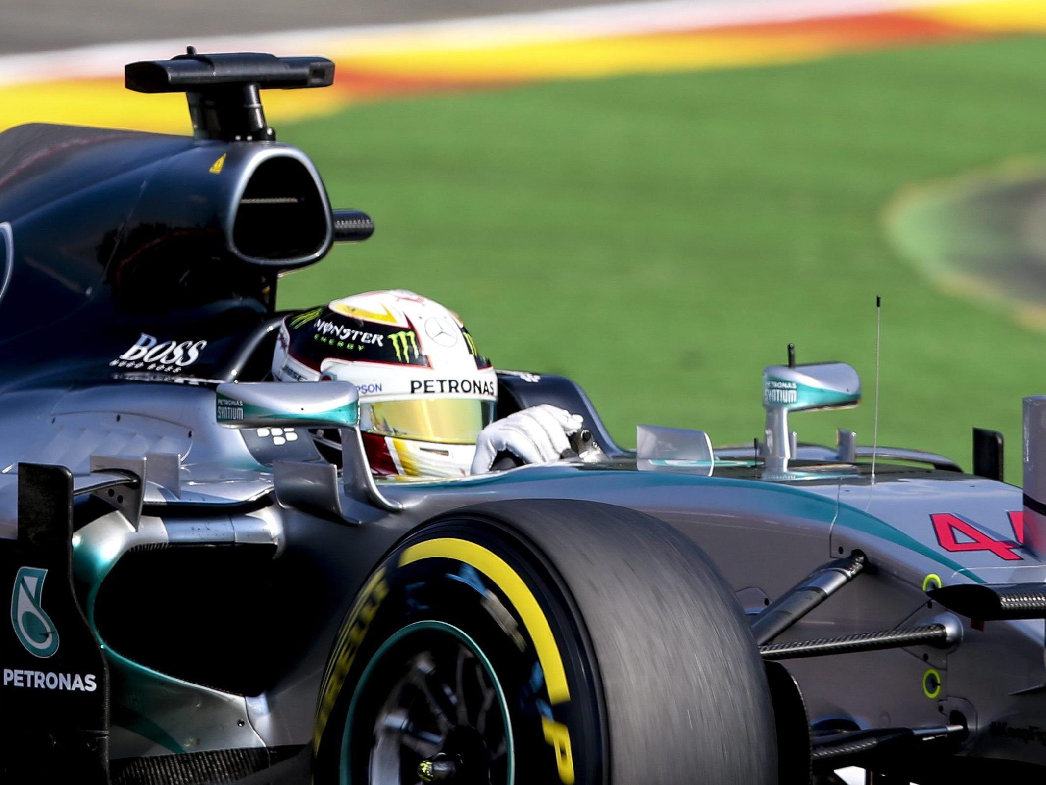 """Lauda: """"Unschlagbar"""" - Mercedes-Teamkollege Rosberg verlor fast eine halbe Sekunde."""