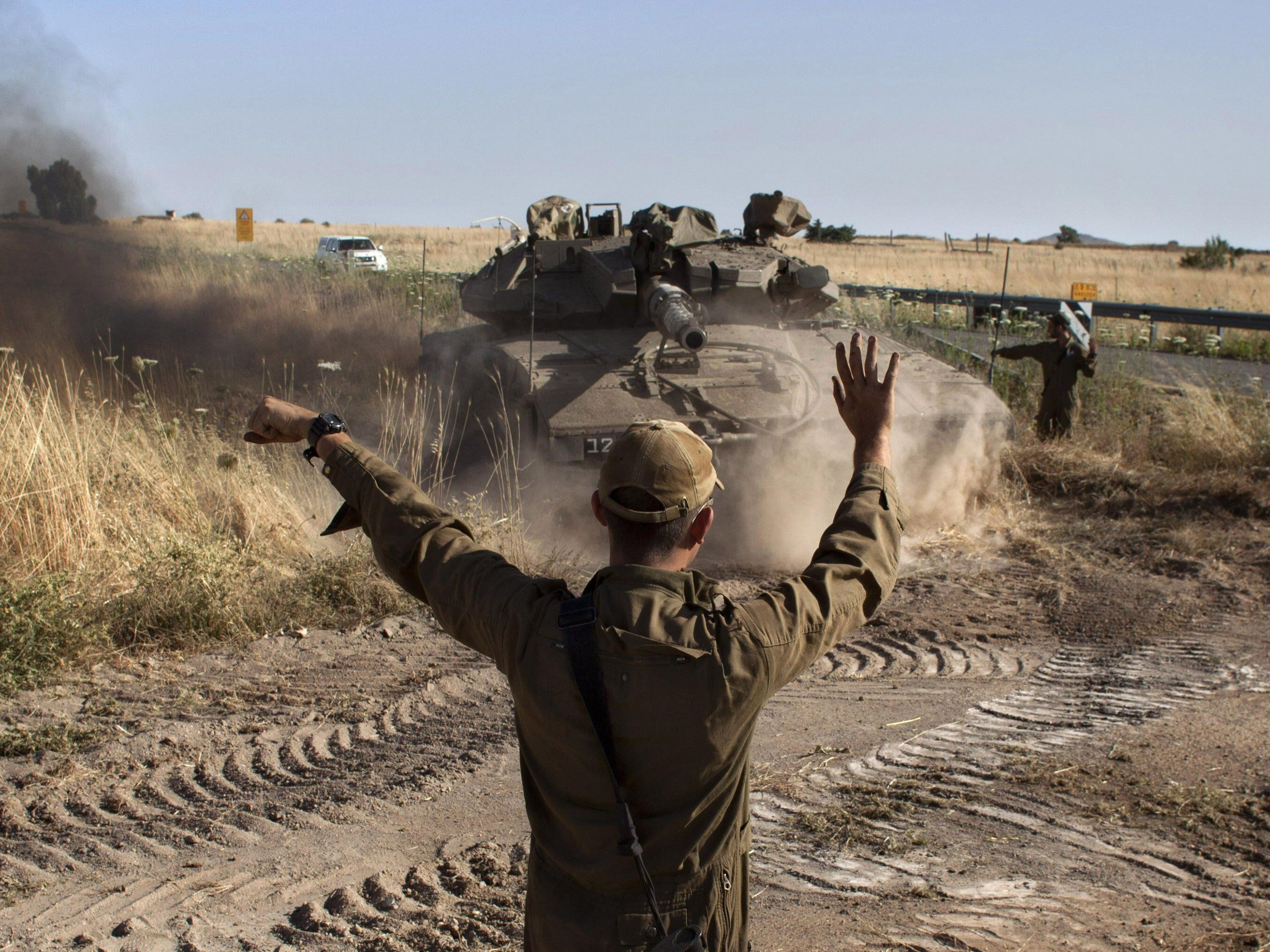 Israels Militär rechnet mit Angriff.