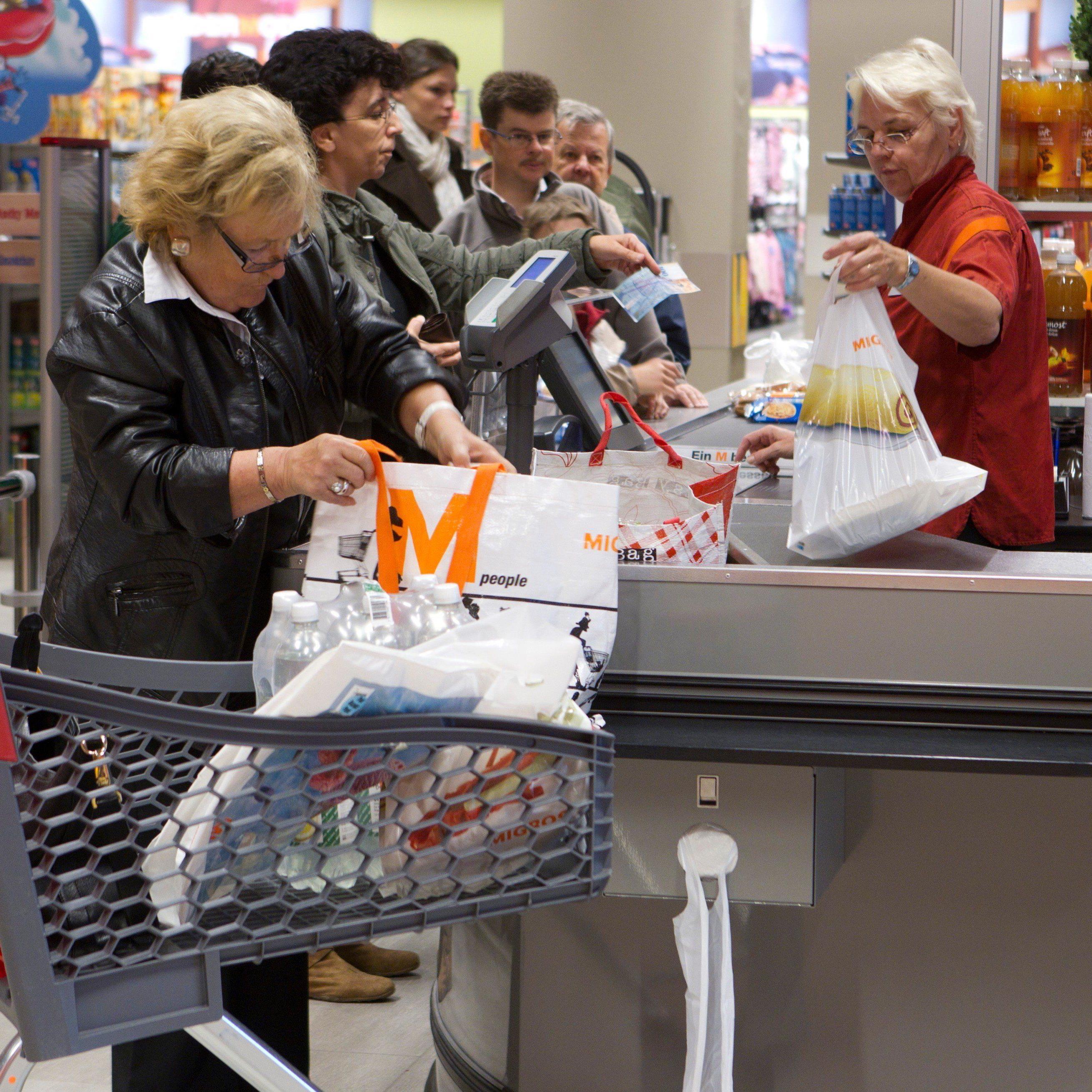 Längere Ladenöffnungszeiten in der Schweiz: An Wochentagen bis mindestens 20 Uhr, samstags bis 18 Uhr
