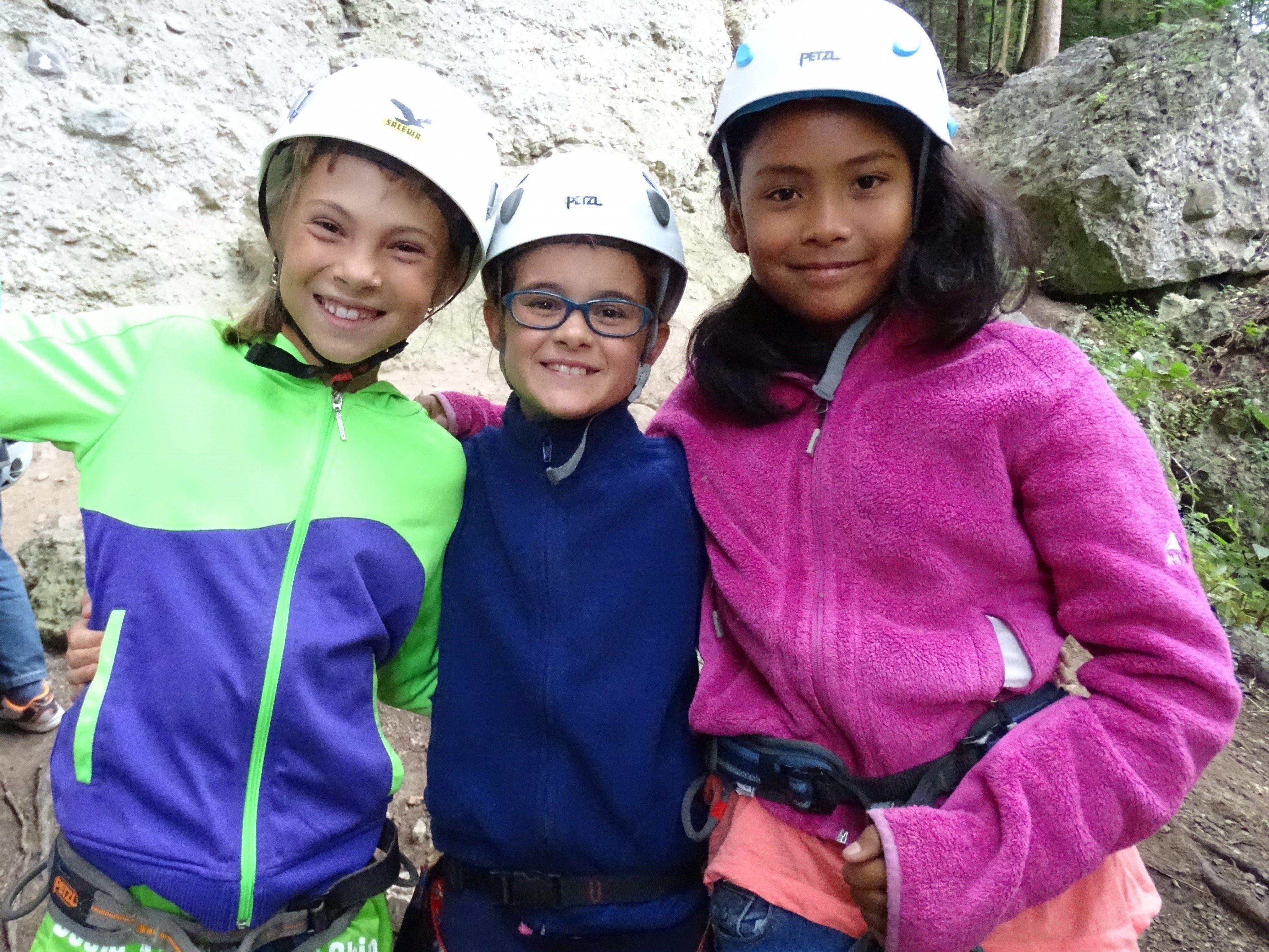 Viel Spaß hatten die Kinder beim Klettern in der Bürser Schlucht.