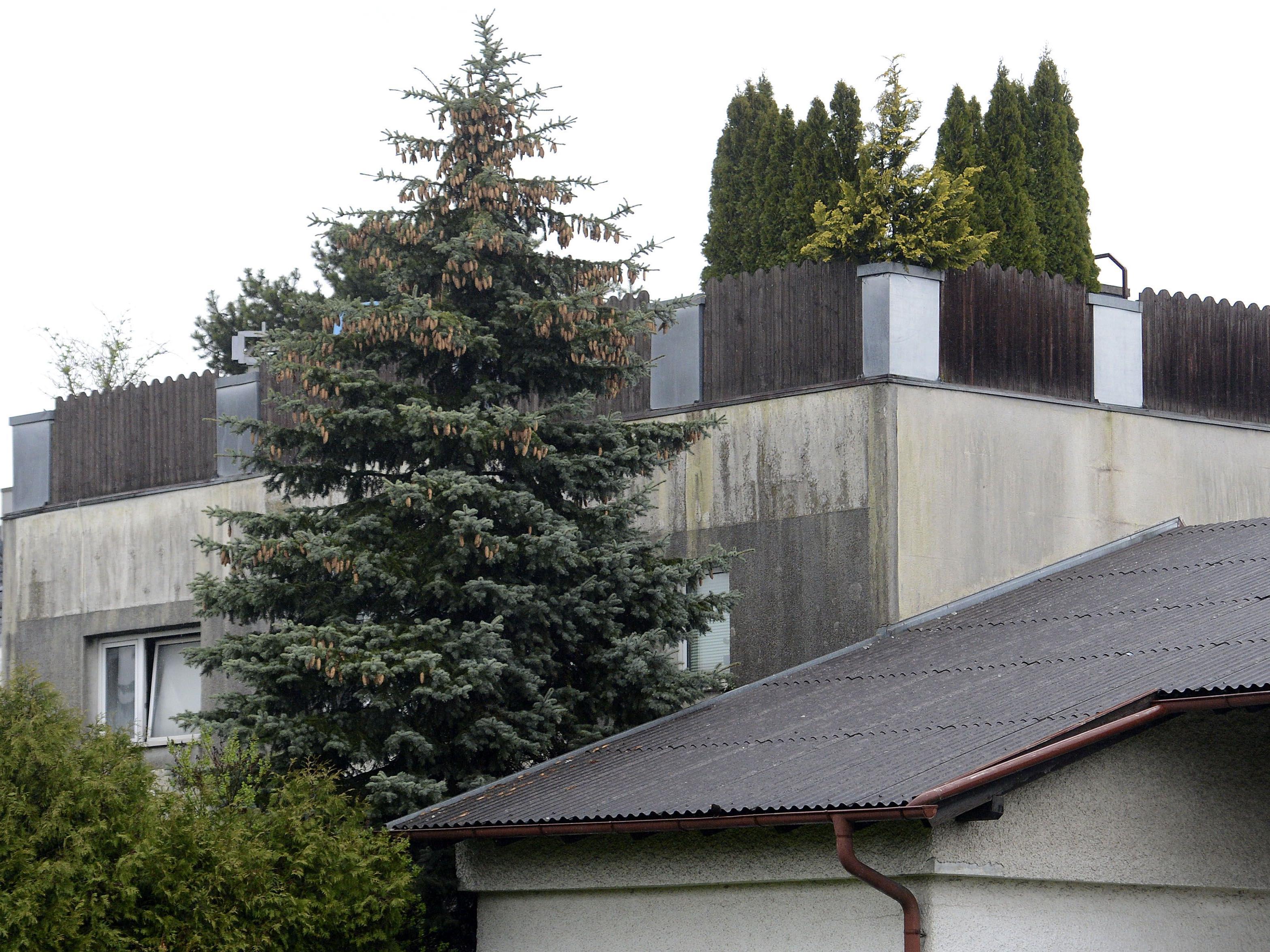 Flüchtlinge - Haus von Josef F. für Flüchtlinge angeboten