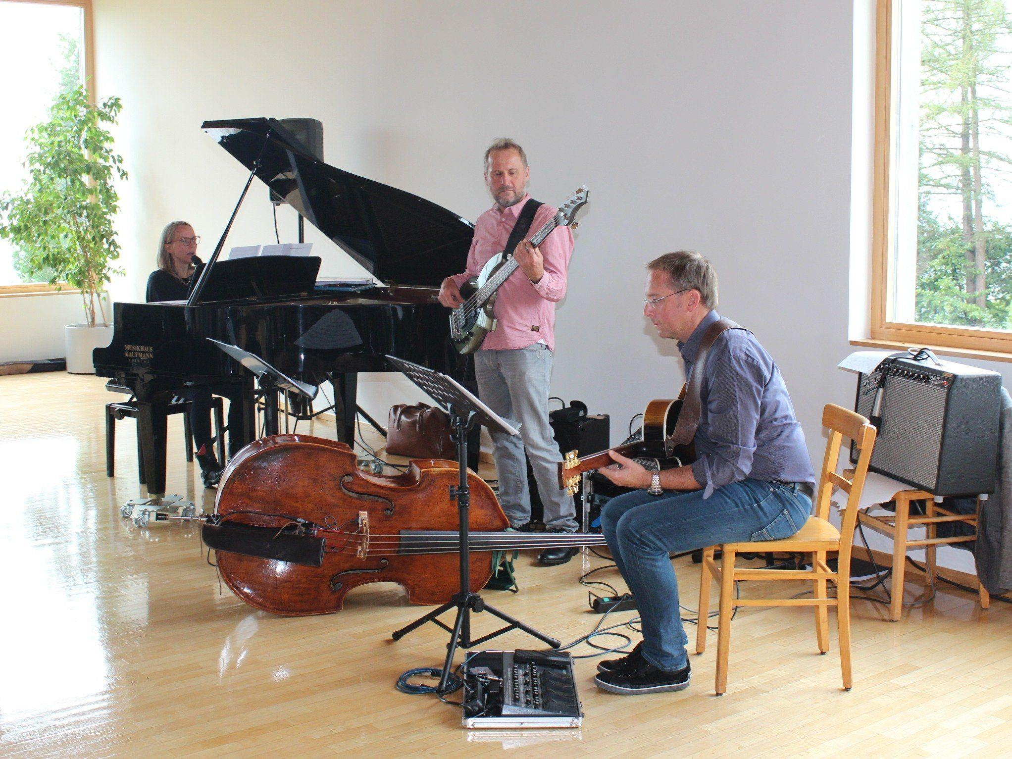 Das Theresia Natter Trio begeisterte beim diesjährigen Alternativcafé.