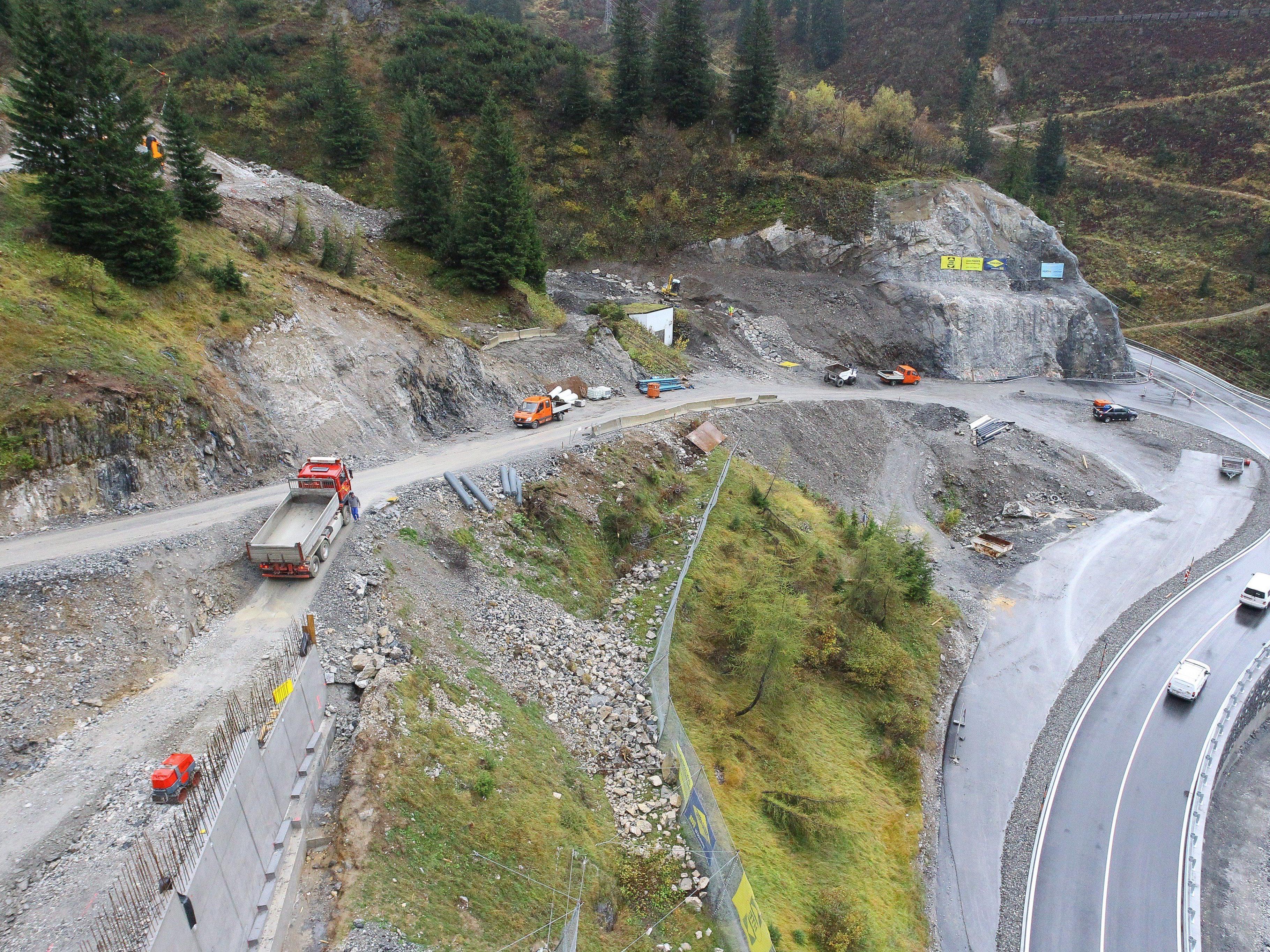 Die Neutrassierung der Arlbergstraße steht kurz vor der Fertigstellung.