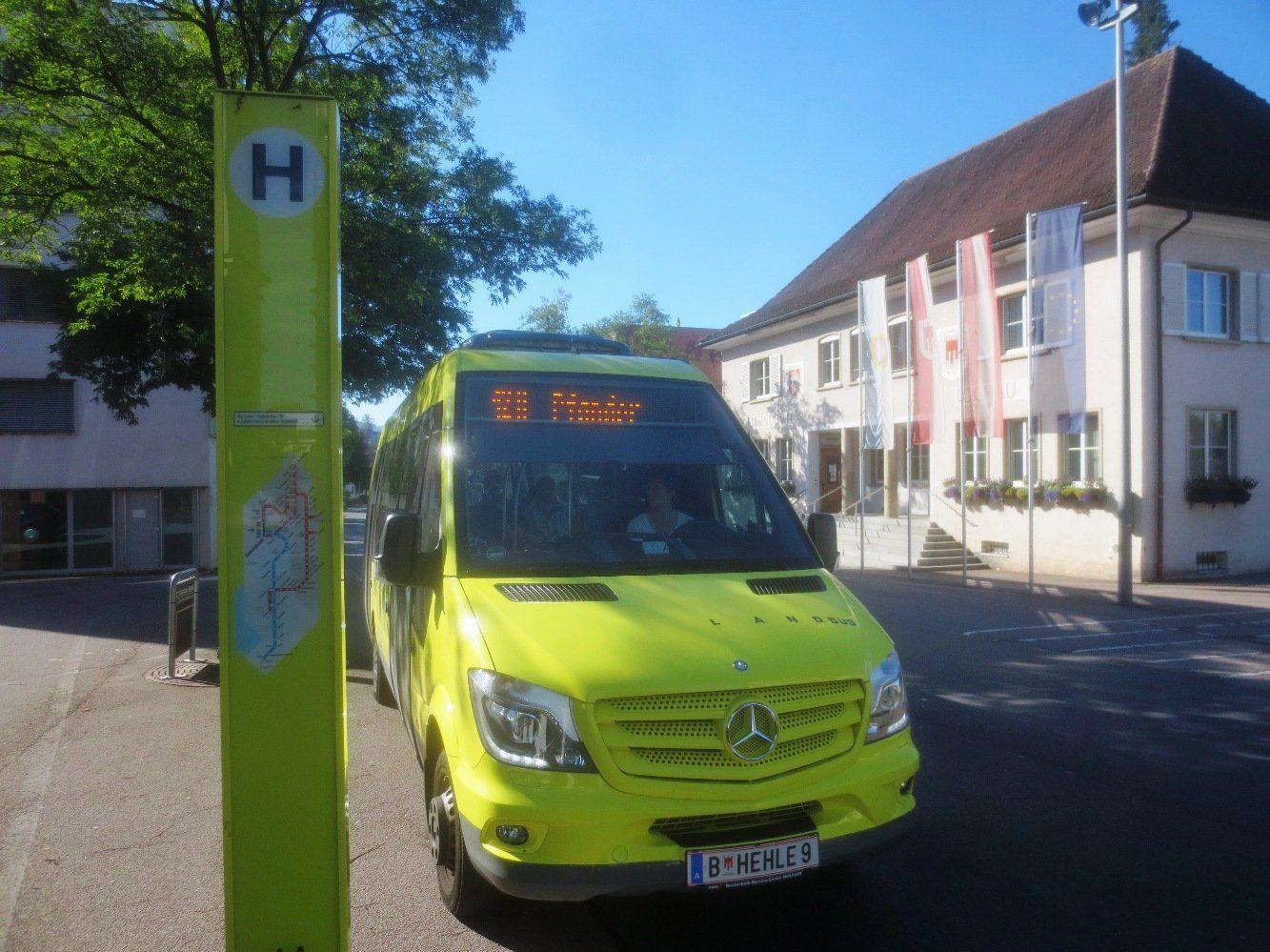 Fahrplanänderung auf der Buslinie 12a Lochau-Pfänder: Der Mittagskurs fährt um neun Minuten später.