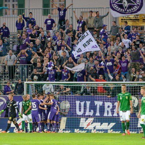 Am Ende jubelten die Fans der Austria aus Salzburg.