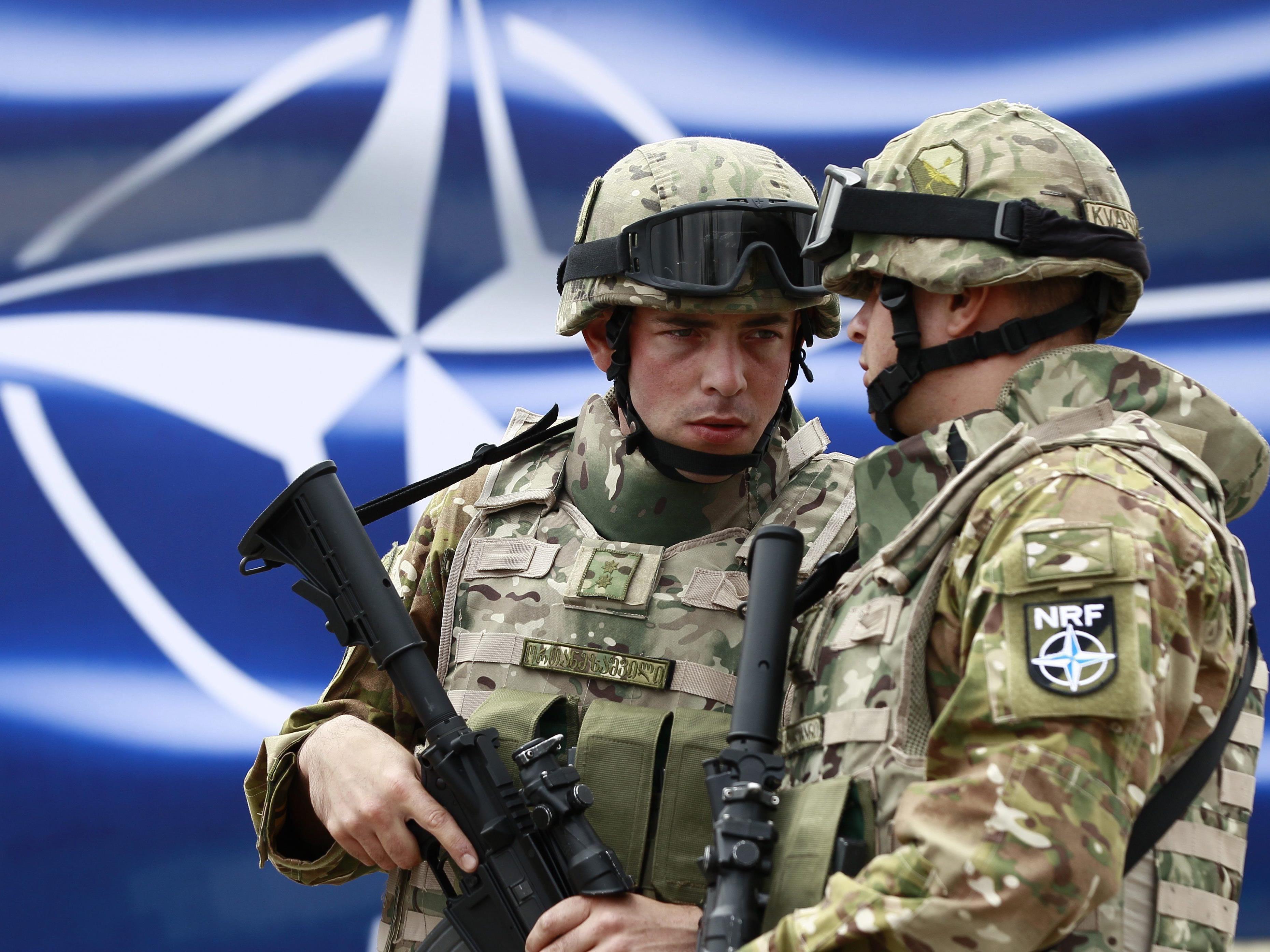 NATO führte seit 2014 3.200 Militärtransporte durch das neutrale Österreich durch.