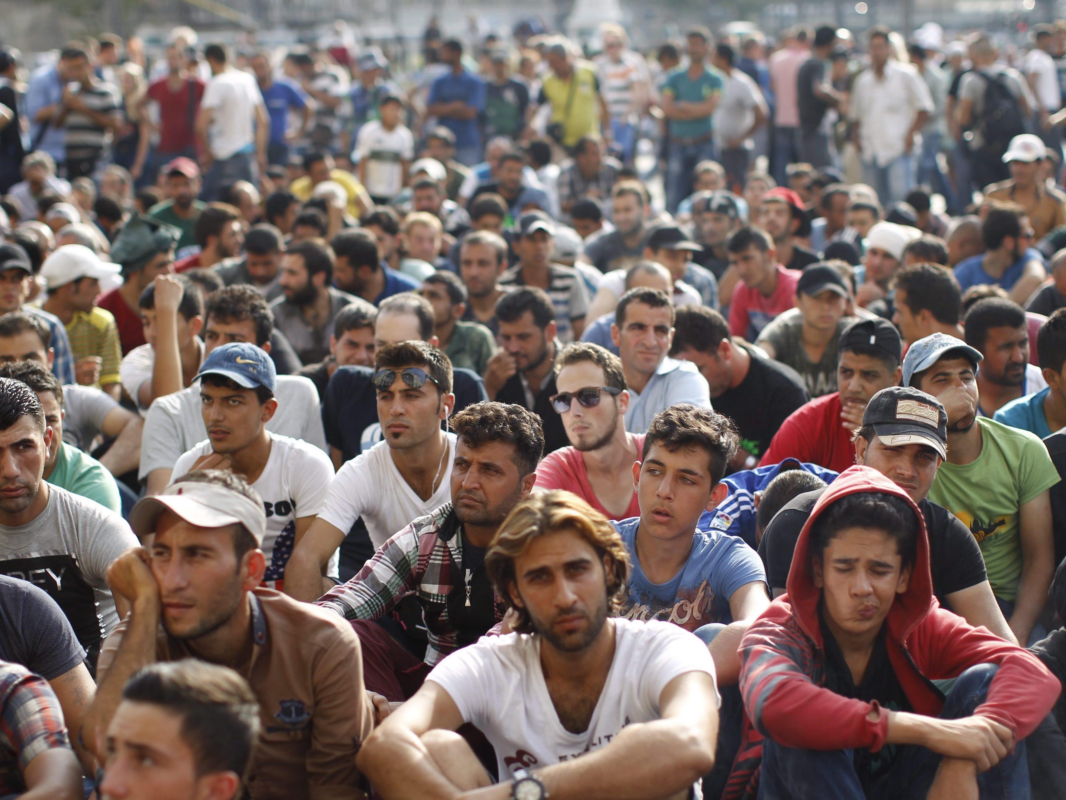 Initiative ruft dazu auf, Menschen aus Budapest nach Österreich zu holen.