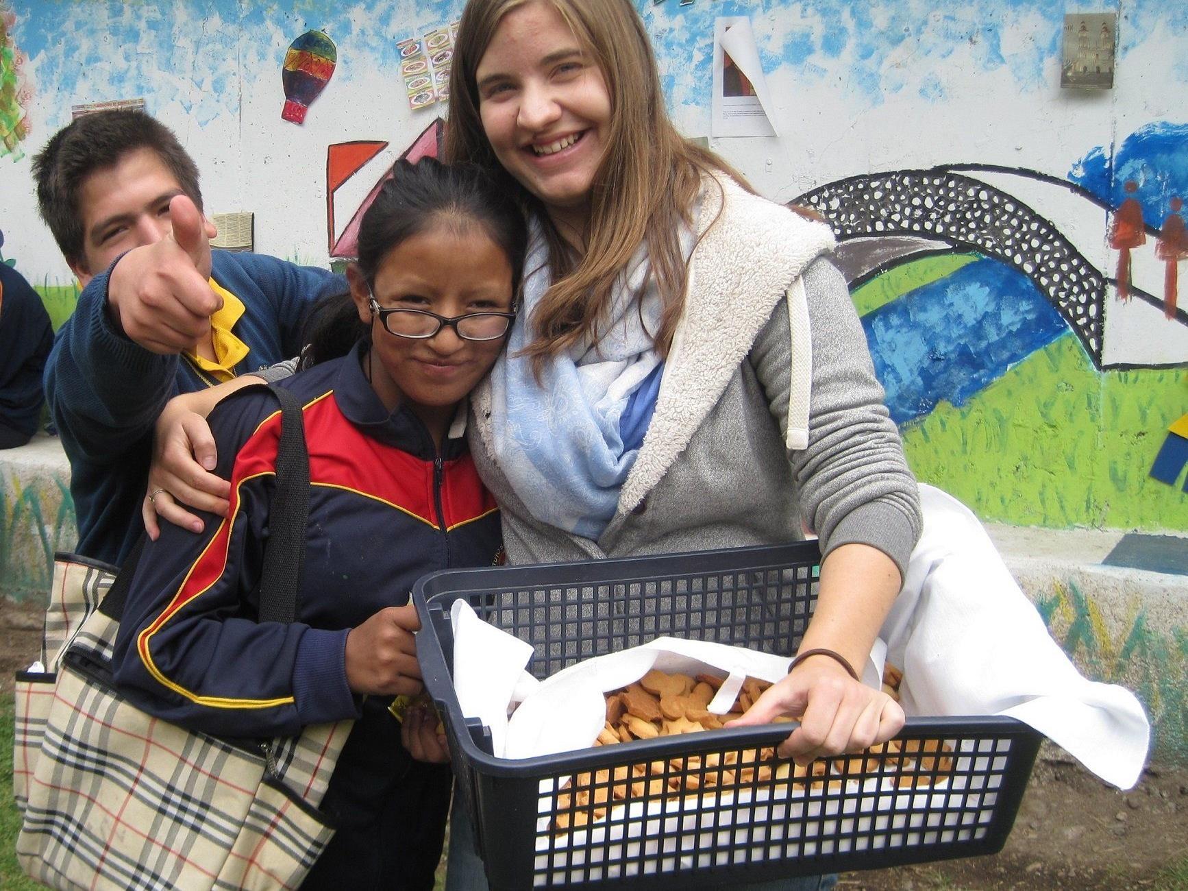 Lena Hürlimann bei ihrem Freiwilligeneinsatz in Ecuador.