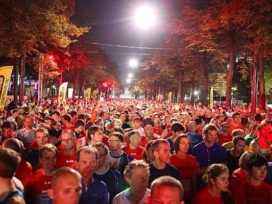 Der Vienna Night Run zieht Jahr für Jahr begeisterte Läufer an