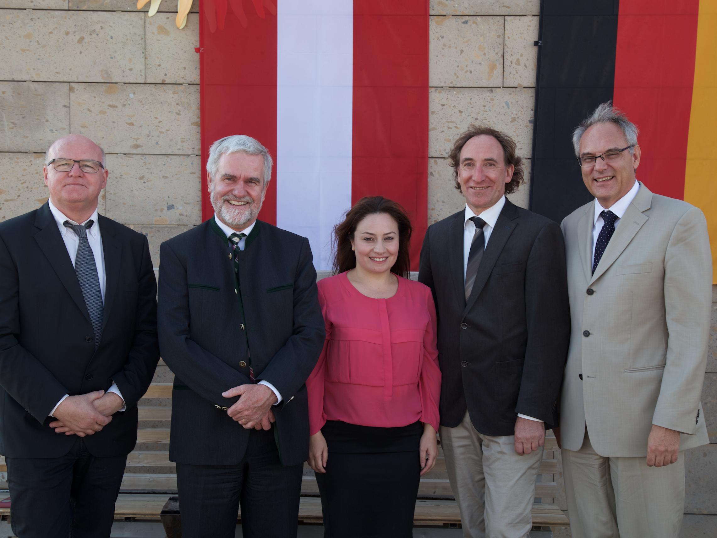 Auch eine Delegation aus Vorarlberg war in Armenien dabei.