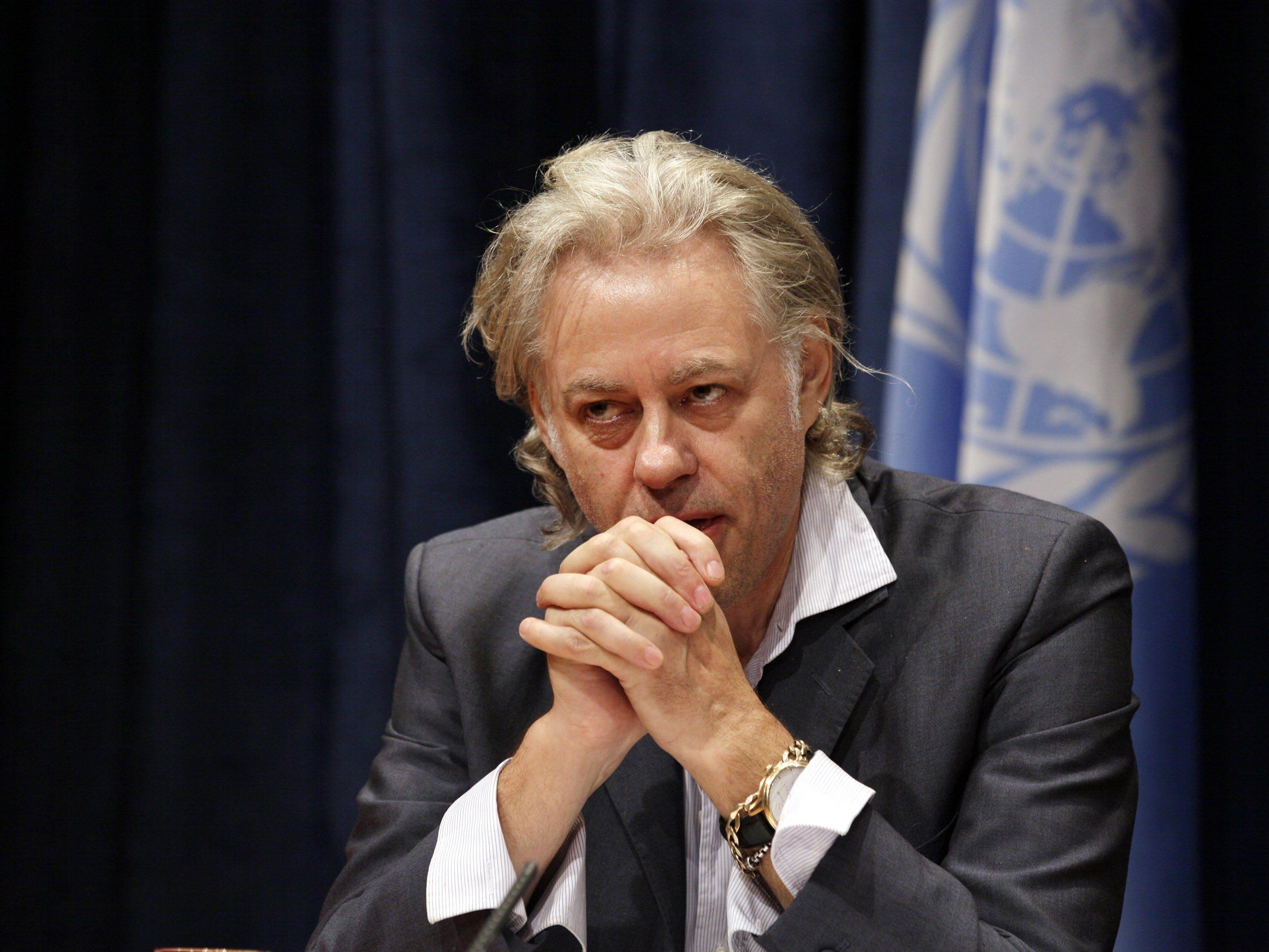 Geldof bietet vier Familien eine Unterkunft an