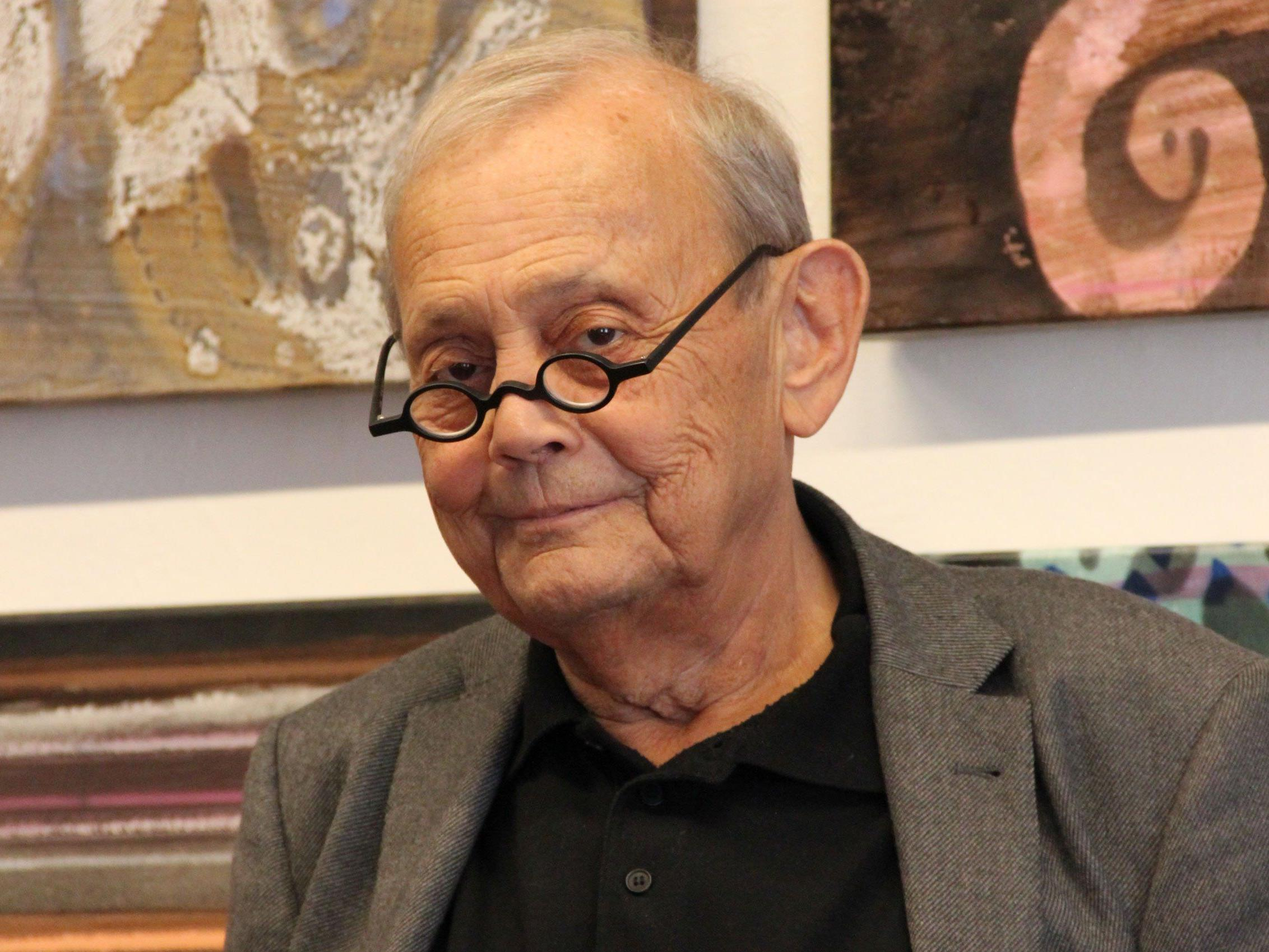 Vorarlberger Künstler und Jurist Gerold Hirn im Alter von 70 Jahren verstorben.