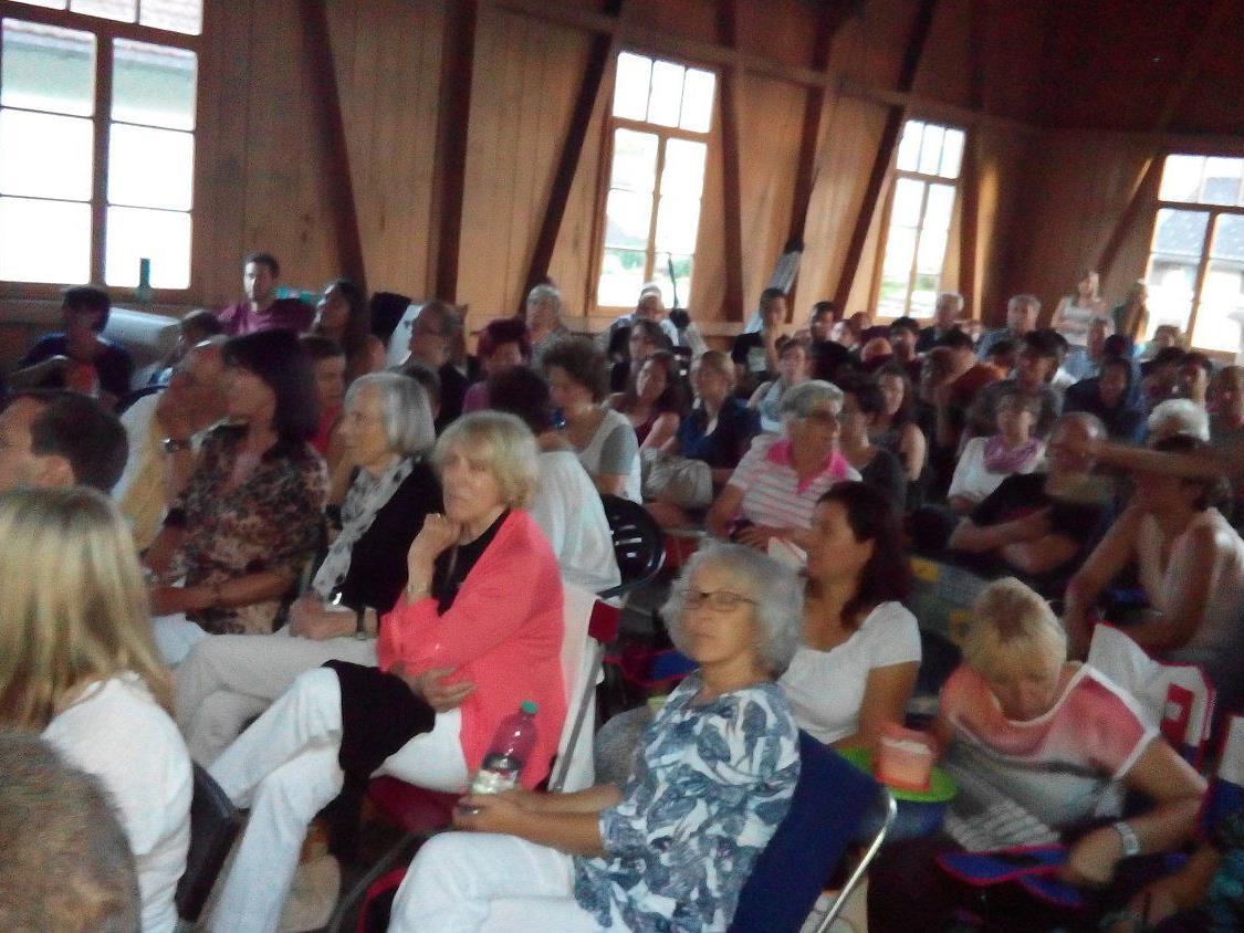 Jede Menge Gäste bevölkerten das Tanparkett im Schäflegarten.