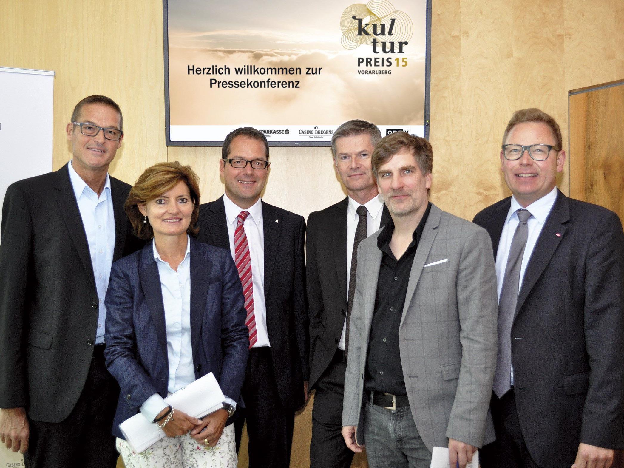 LR Dr. Christian Bernhard, Land Vorarlberg Mag. Jasmin Ölz-Barnay, ORF VDir. Mag. Martin Jäger, Sparkasse Bregenz Dir. Bernhard Moosbrugger, Casino Bregenz Dr. Winfried Nußbaummüller, Land Vorarlberg Dir. Markus Klement, ORF.