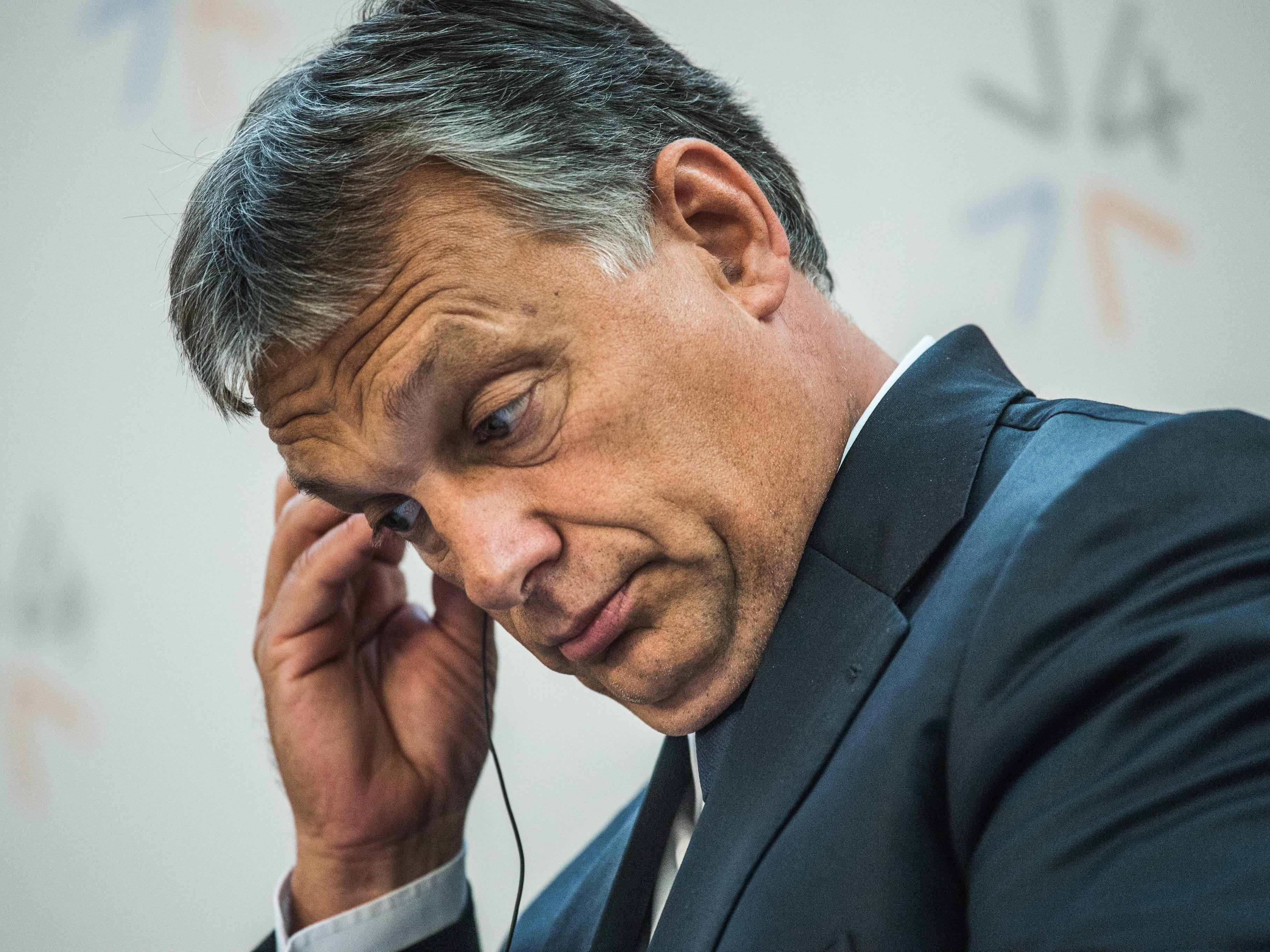 Außenminister: Ungarn wird Schengen- und Dublin-Regeln einhalten - Flüchtlinge alle registriert.