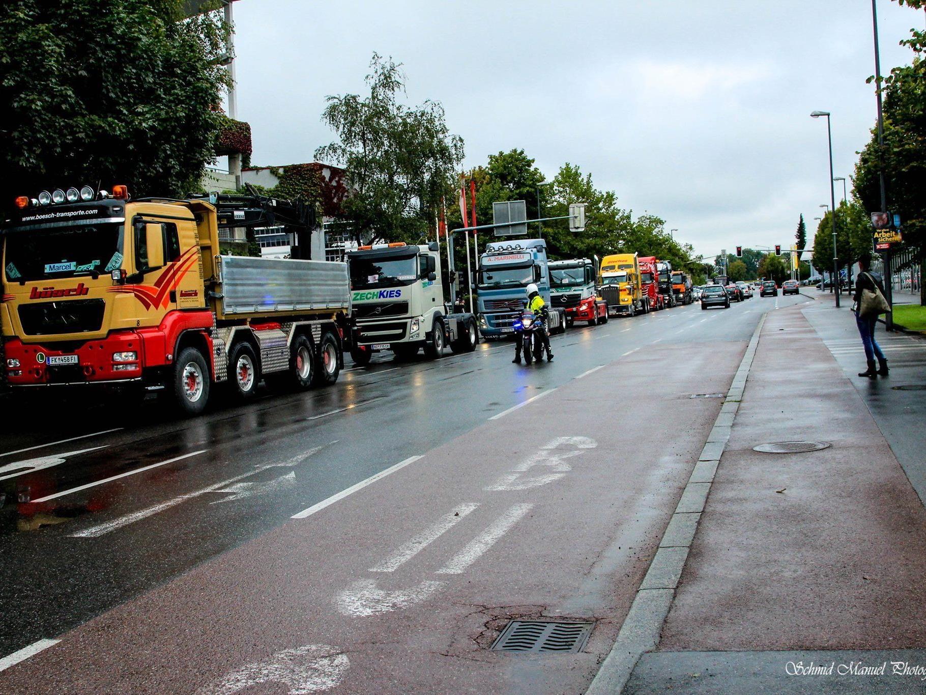Spannende Truck-Fahrt für besondere Kinder von Rankweil nach Götzis und zurück.