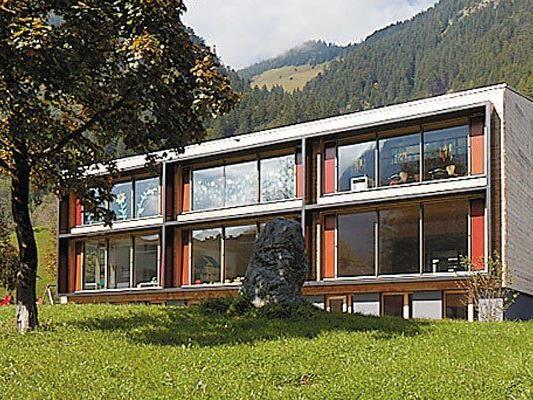 """""""Alles ist klar ablesbar. Ganz simple Formen, selbstverständlich und ruhig."""" (Christian Zottele, Architekt)"""
