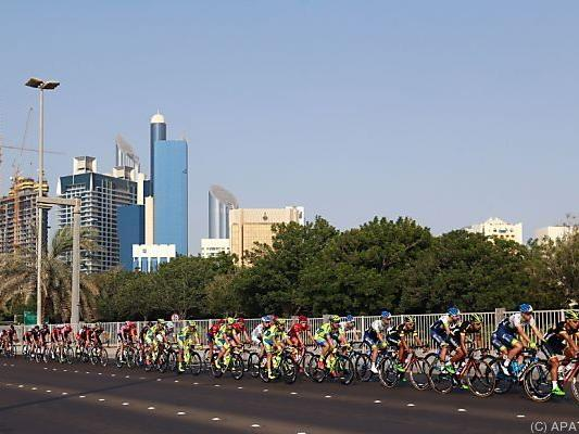 Schwerer Sturz bei Abu-Dhabi-Tour