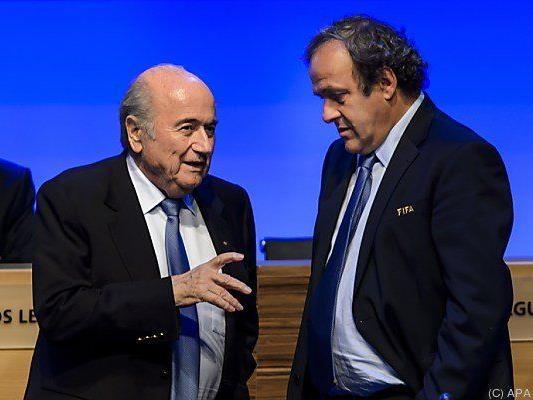Blatter und Platini sollen mündlichen Vertrag abgeschlossen haben