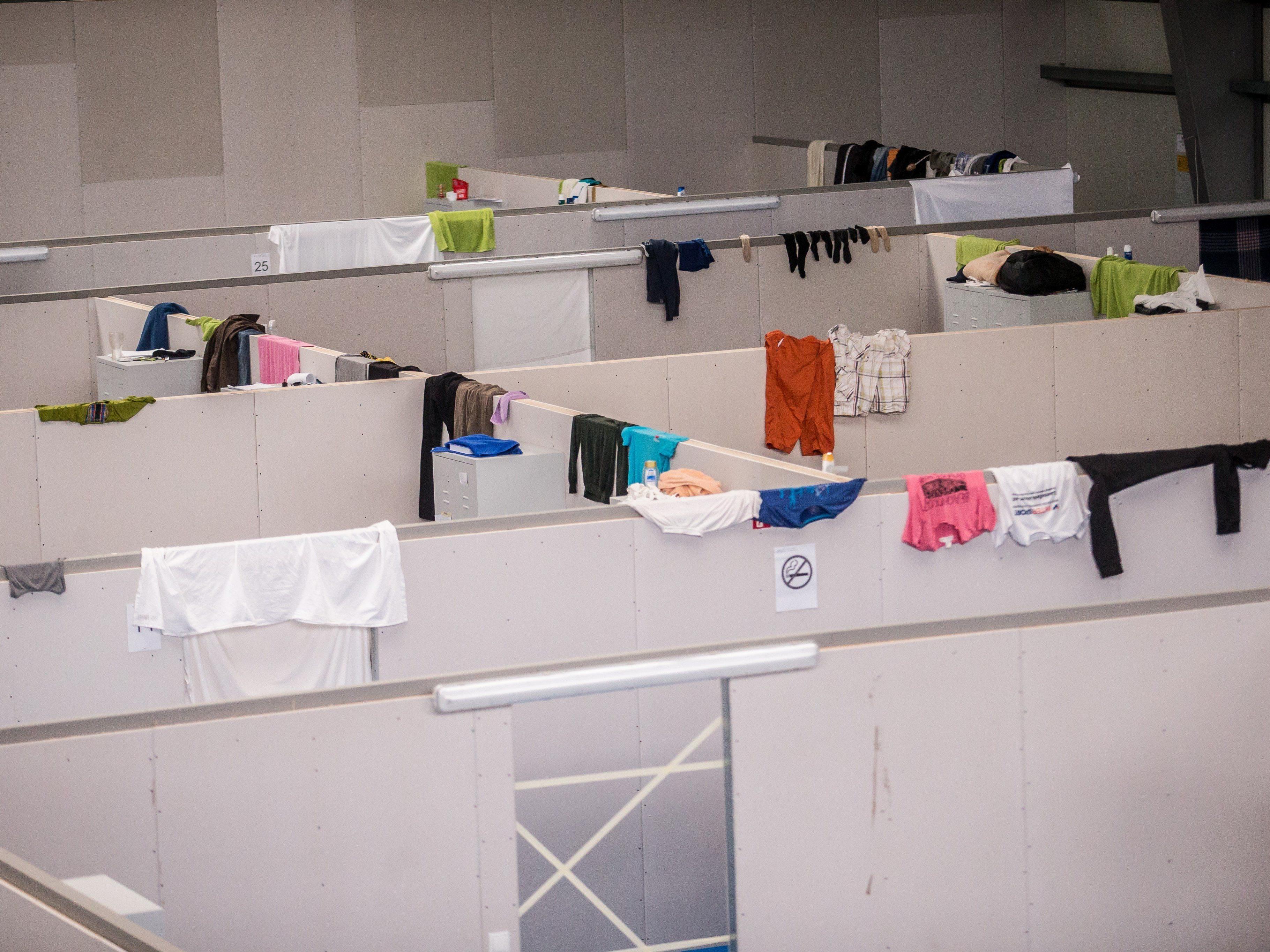Auch die Tennishalle in Götzis dient derzeit als Flüchtlingsunterbringung.