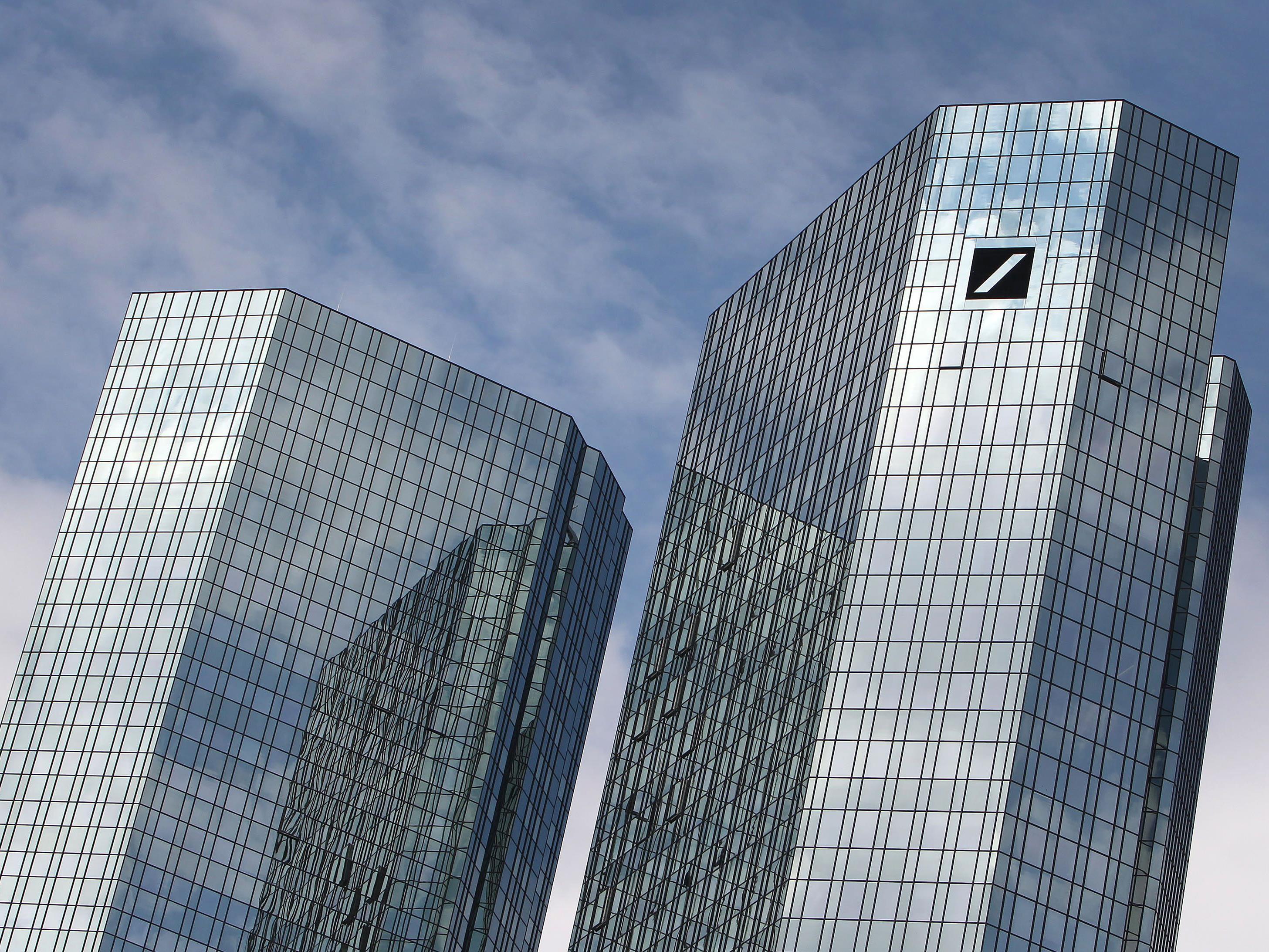 Die Deutsche Bank streicht 15.000 Stellen.