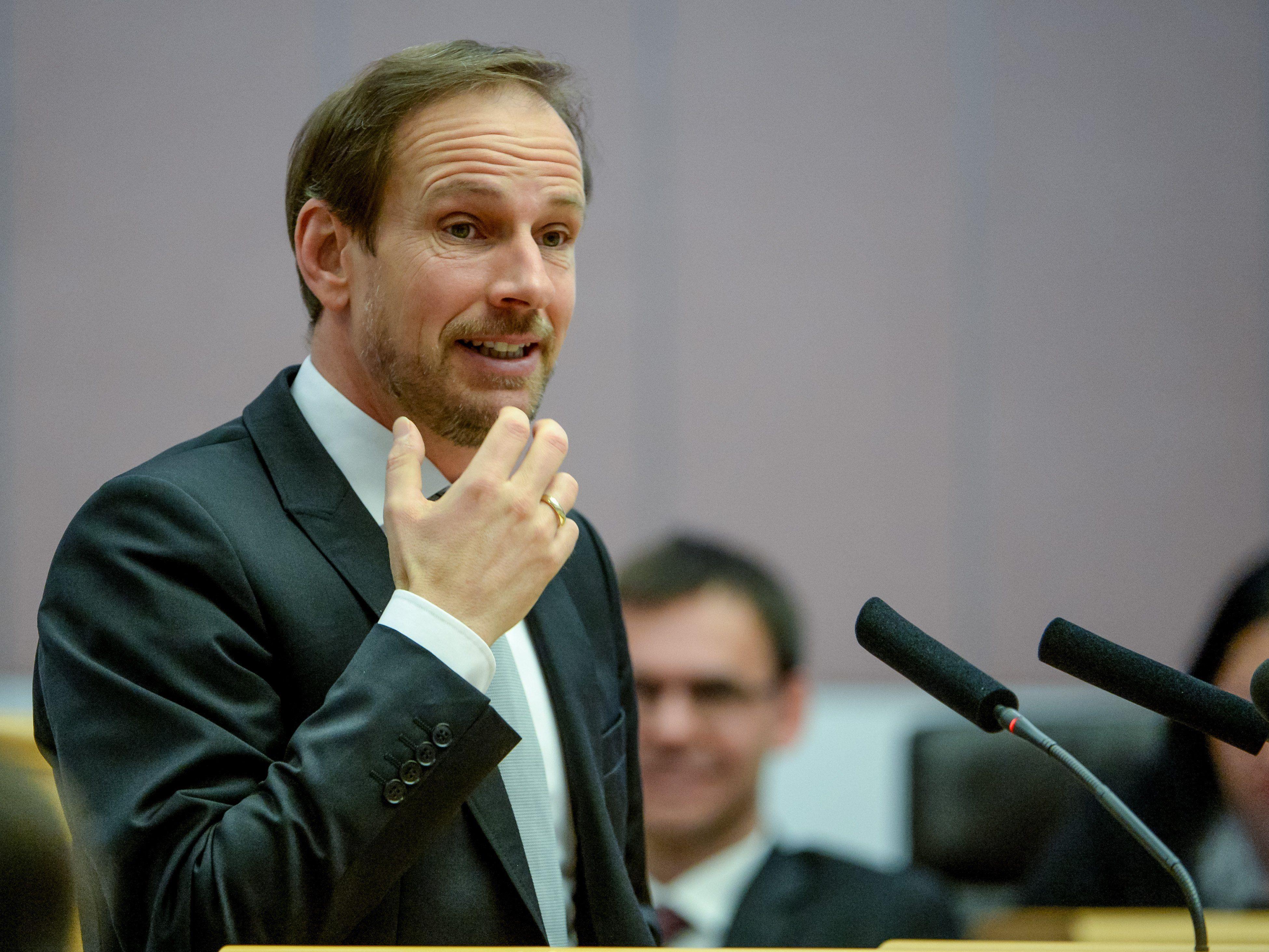 FPÖ, SPÖ und NEOS enttäuscht über mangelnde Reformbereitschaft.