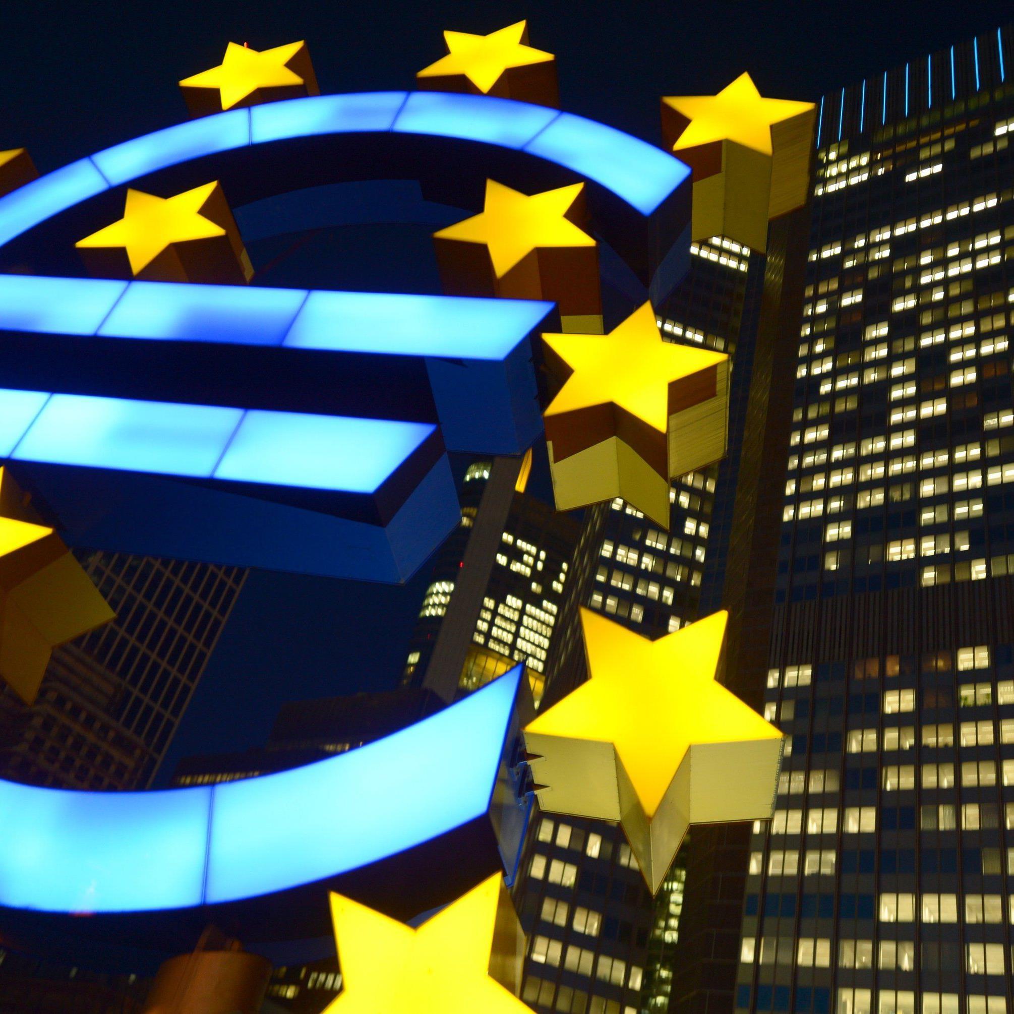 Am Donnerstag hatte Draghi die Märkte auf eine weitere Öffnung der Geldschleusen eingestimmt