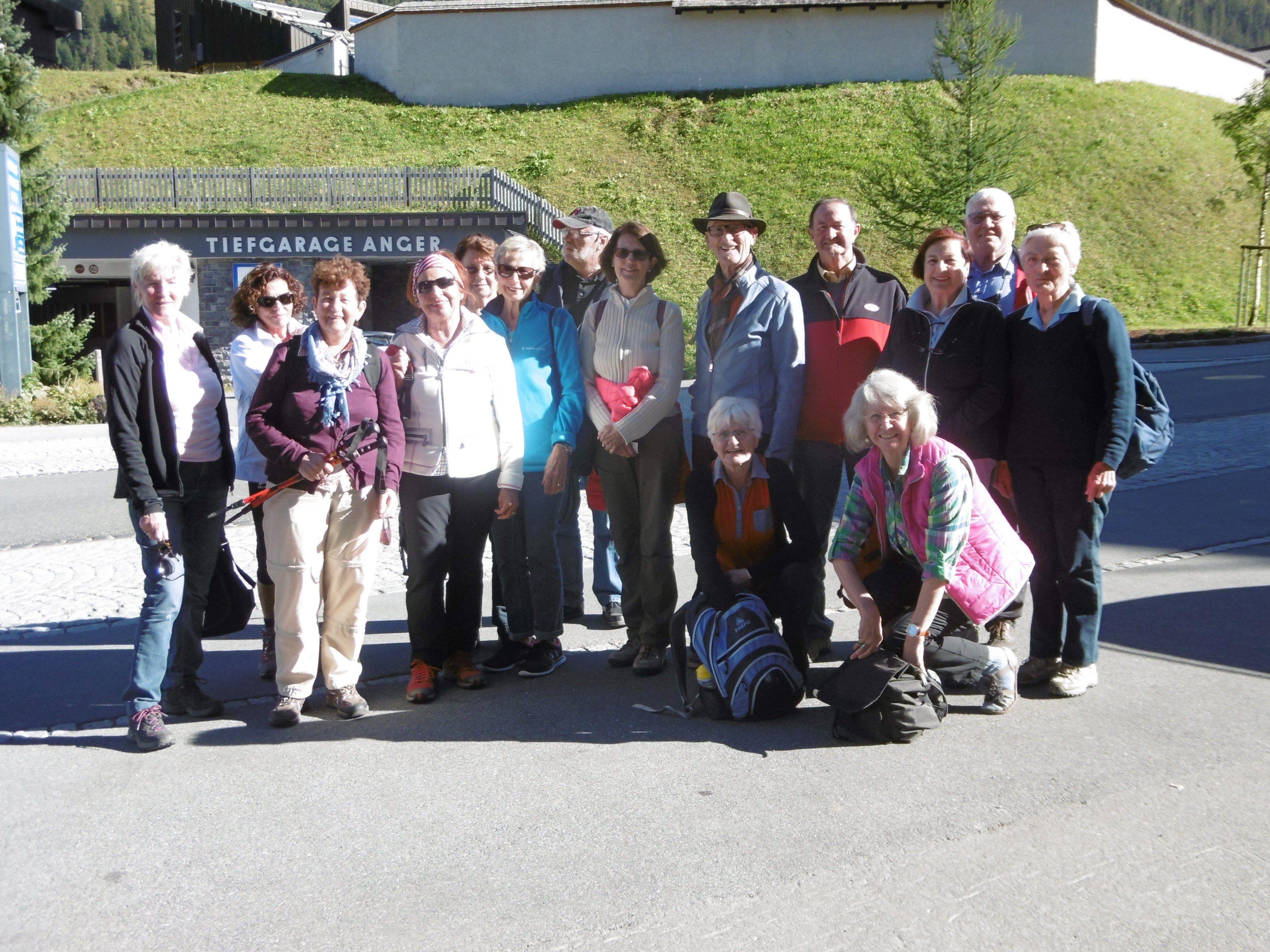 Der diesjährige Ausflug der Lochauer Jahrgänger 1942/43 führte nach Lech/Oberlech.