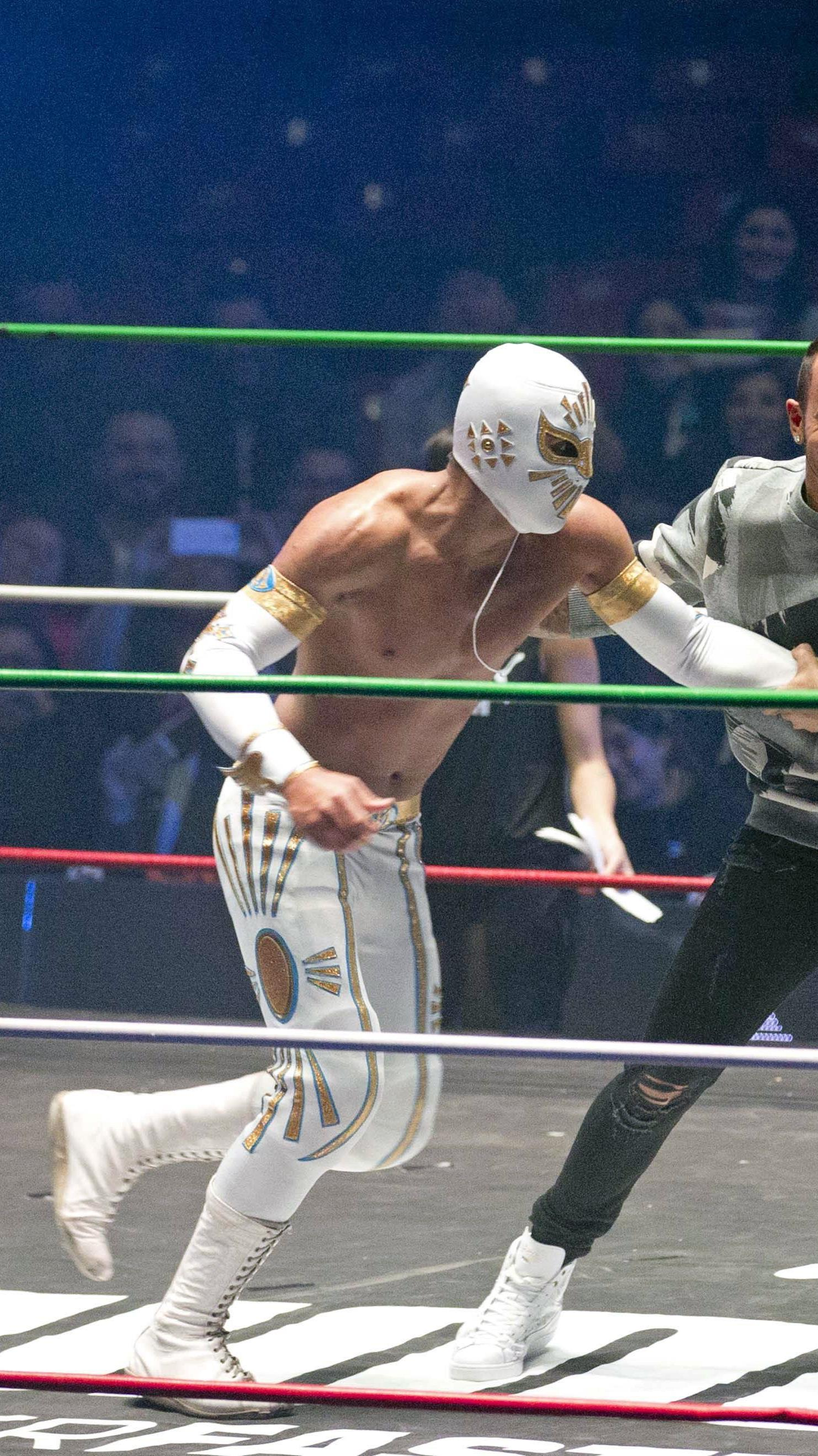 Lewis Hamilton stieg in Mexiko-City in den Wrestling-Ring.