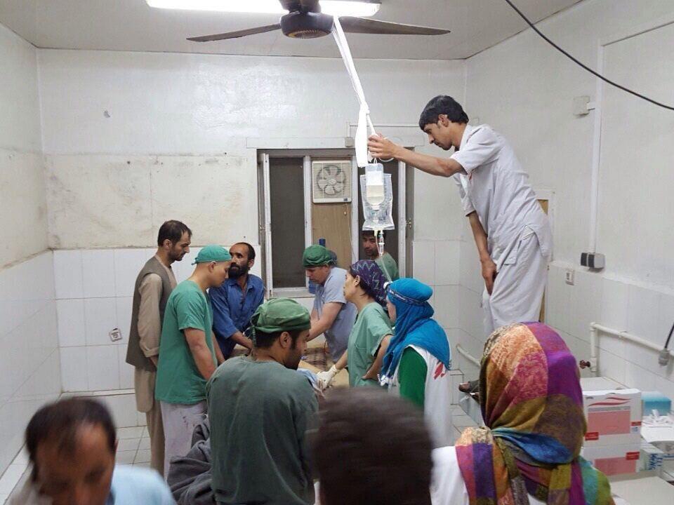 Klinik von Ärzte ohne Grenzen von Bomben getroffen.