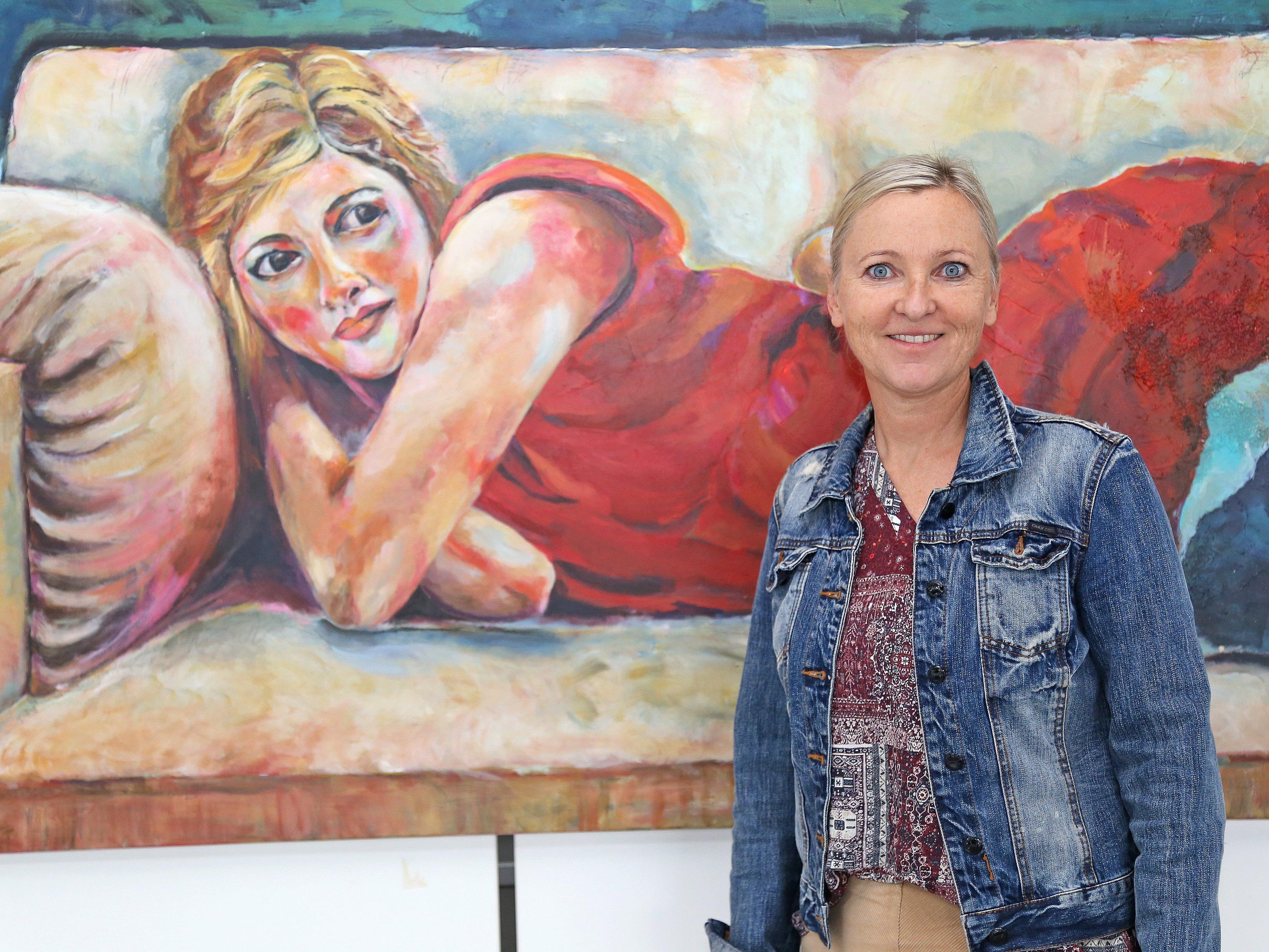 Groß und beeindruckend: 25 Werke sind derzeit im LKH-Foyer ausgestellt.