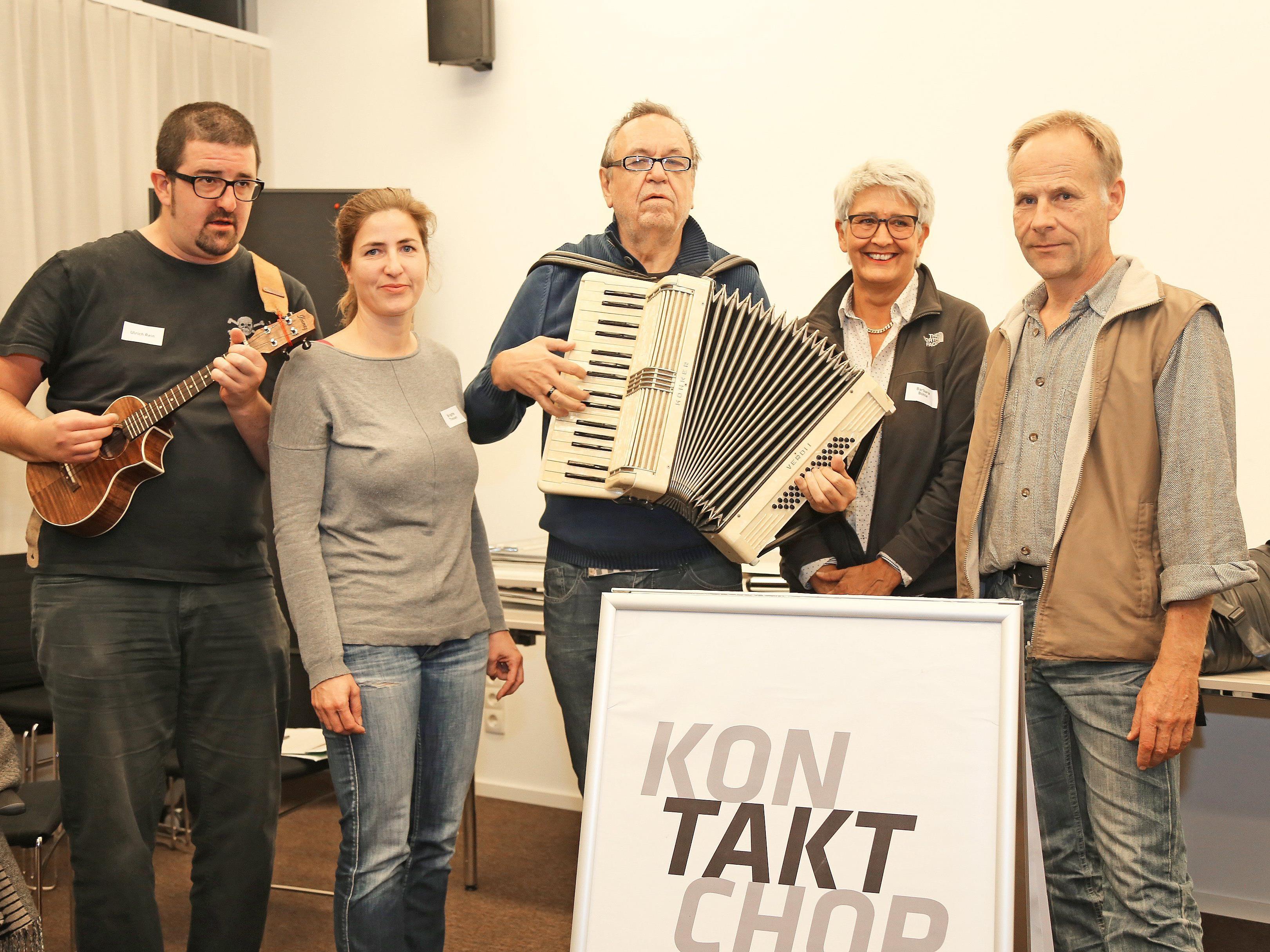 Die Organisatoren des Kontakt Chors bei den Proben in Feldkirch.