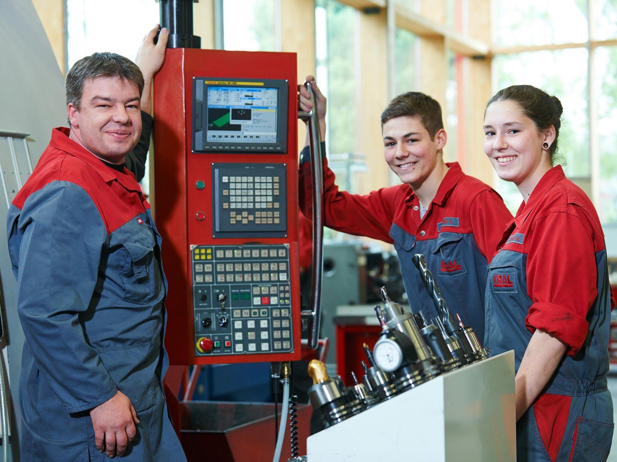 Vielfältige Ausbildungsmöglichkeiten bieten die Betriebe im Industriegebiet Nord.