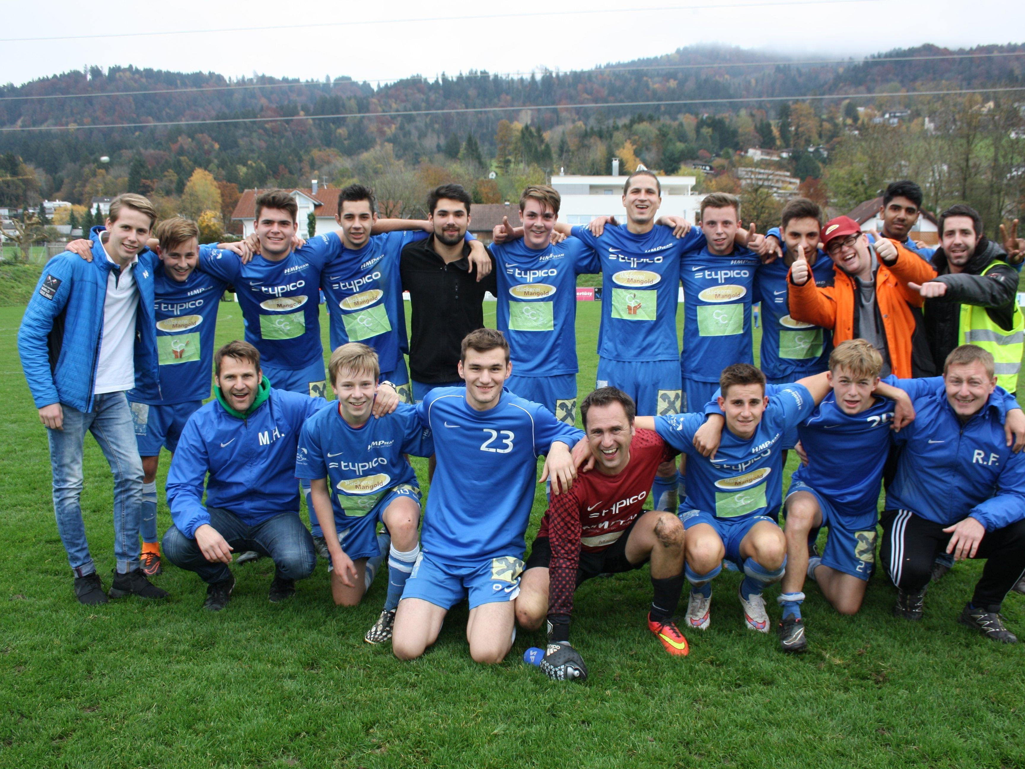 """Die """"Juniors"""" (1b Team) des SV Typico Lochau können sich über eine hervorragende Herbstmeisterschaft freuen."""
