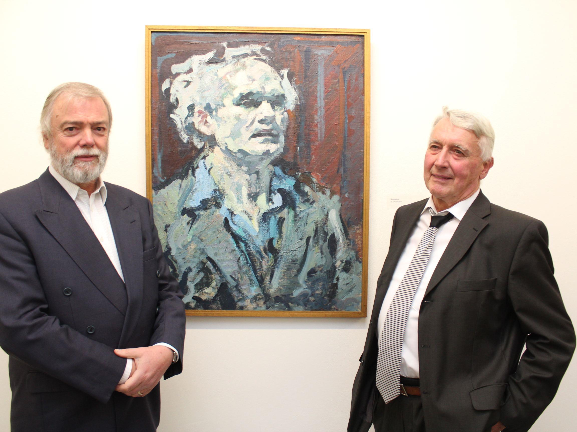 Manfred A. Getzner und Alwin Rohner vor einem Rederer-Bild.