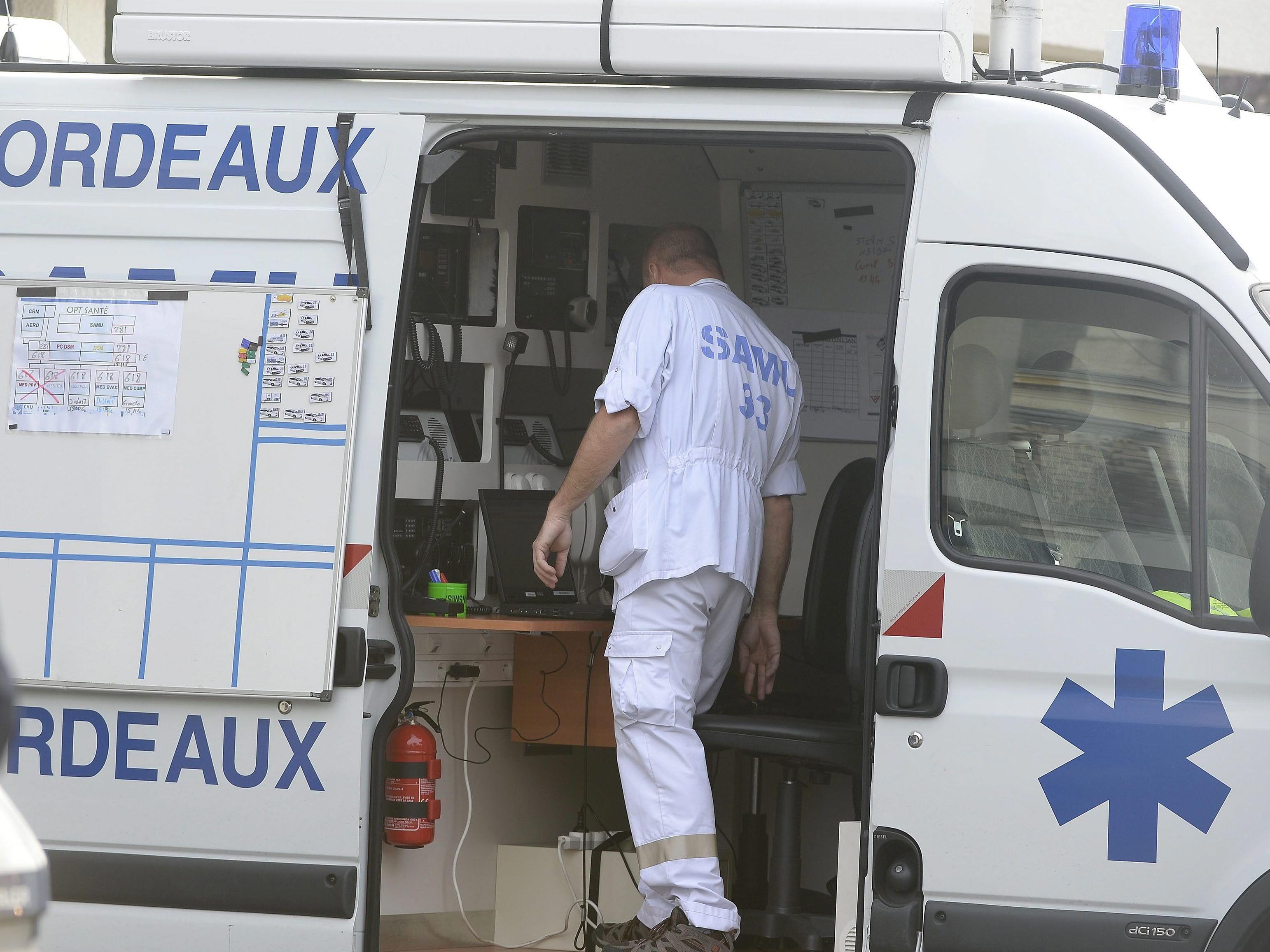 42 Tote bei tragischem Busunglück in Frankreich.