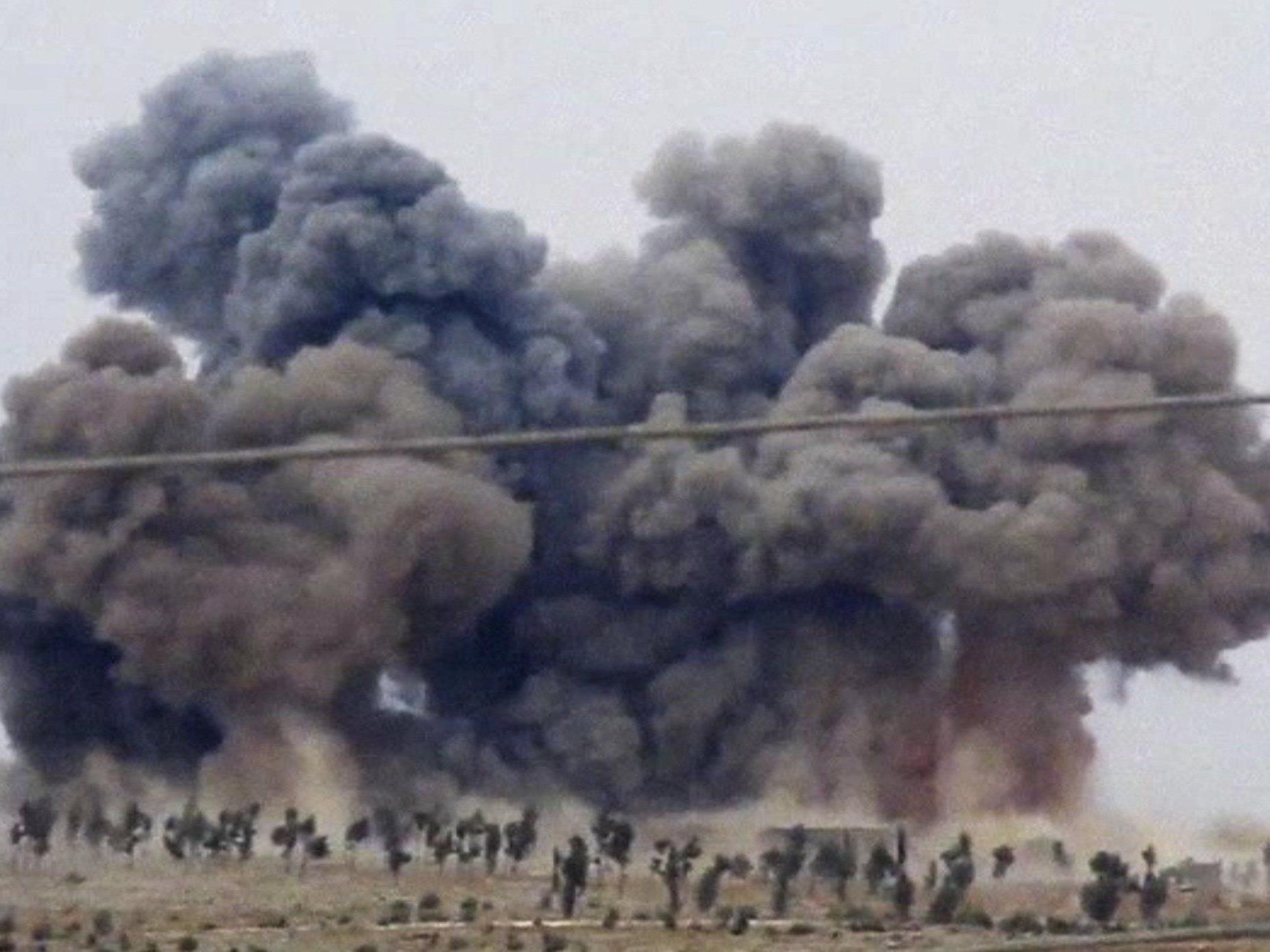 Russland greift militärisch in syrischen Bürgerkrieg ein.