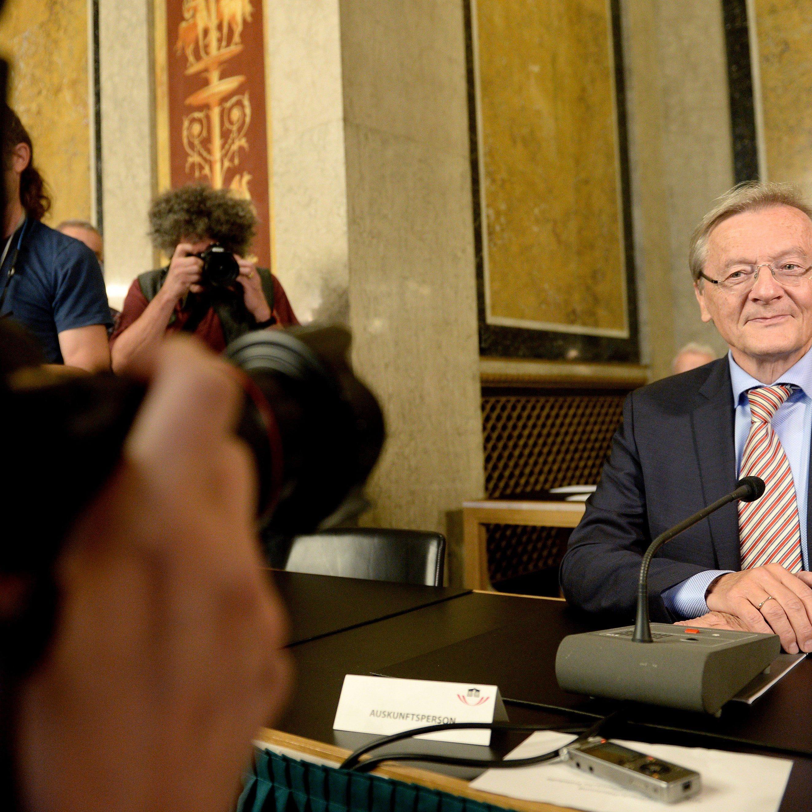 Altkanzler Schüssel als Auskunftsperson im Hypo-U-Ausschuss