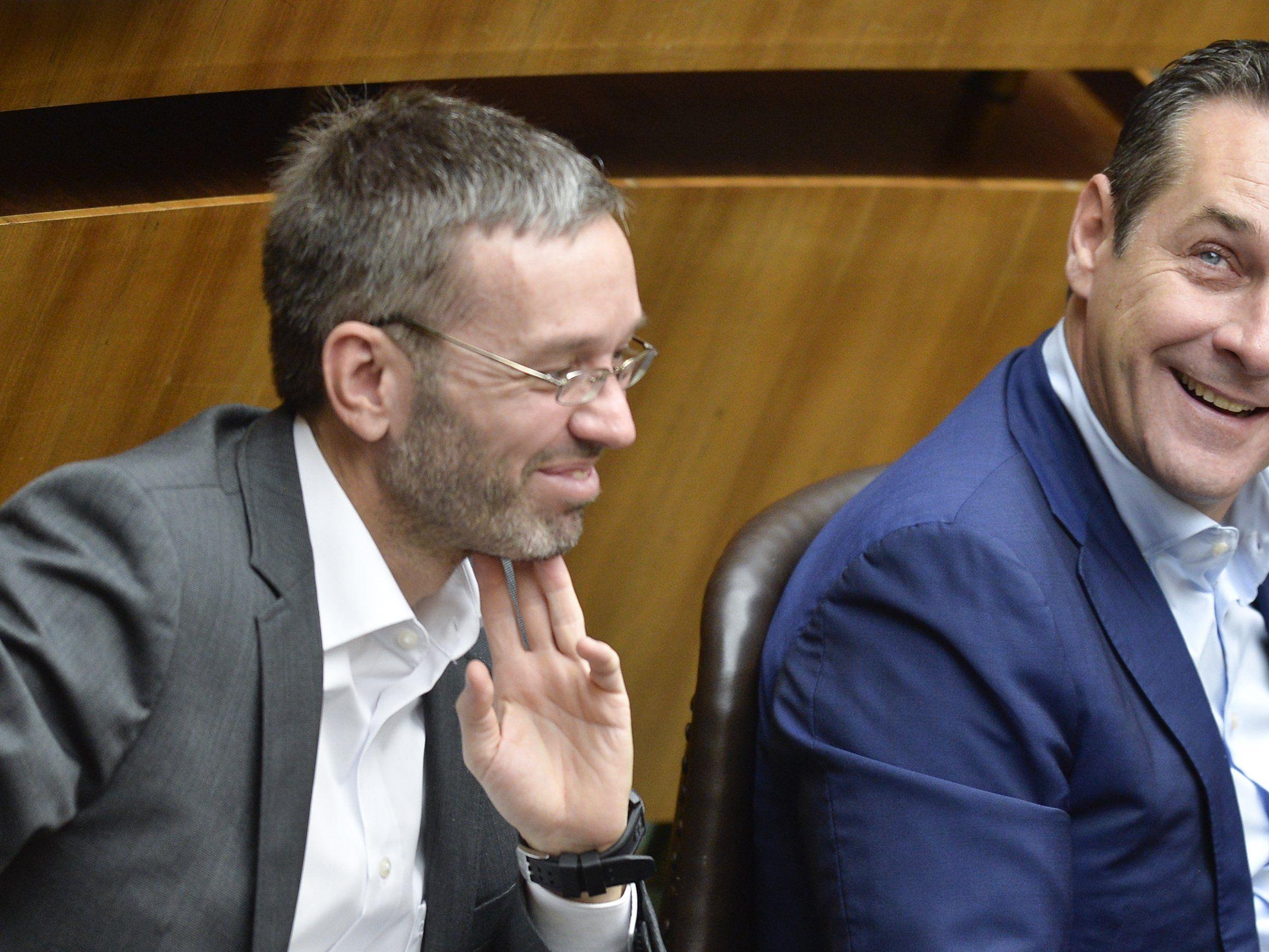 """Strache und Kickl drohen mit """"Maßnahmen"""" seitens der FPÖ."""