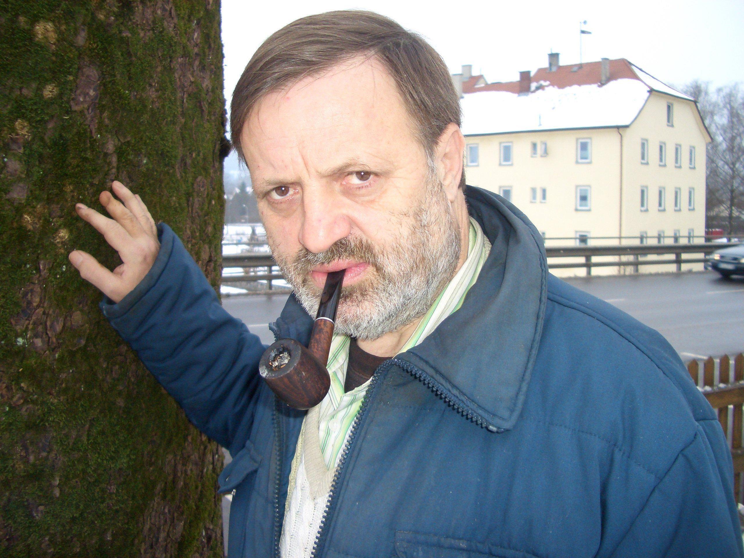 Manfred Strolz präsentiert sein neuestes Buch
