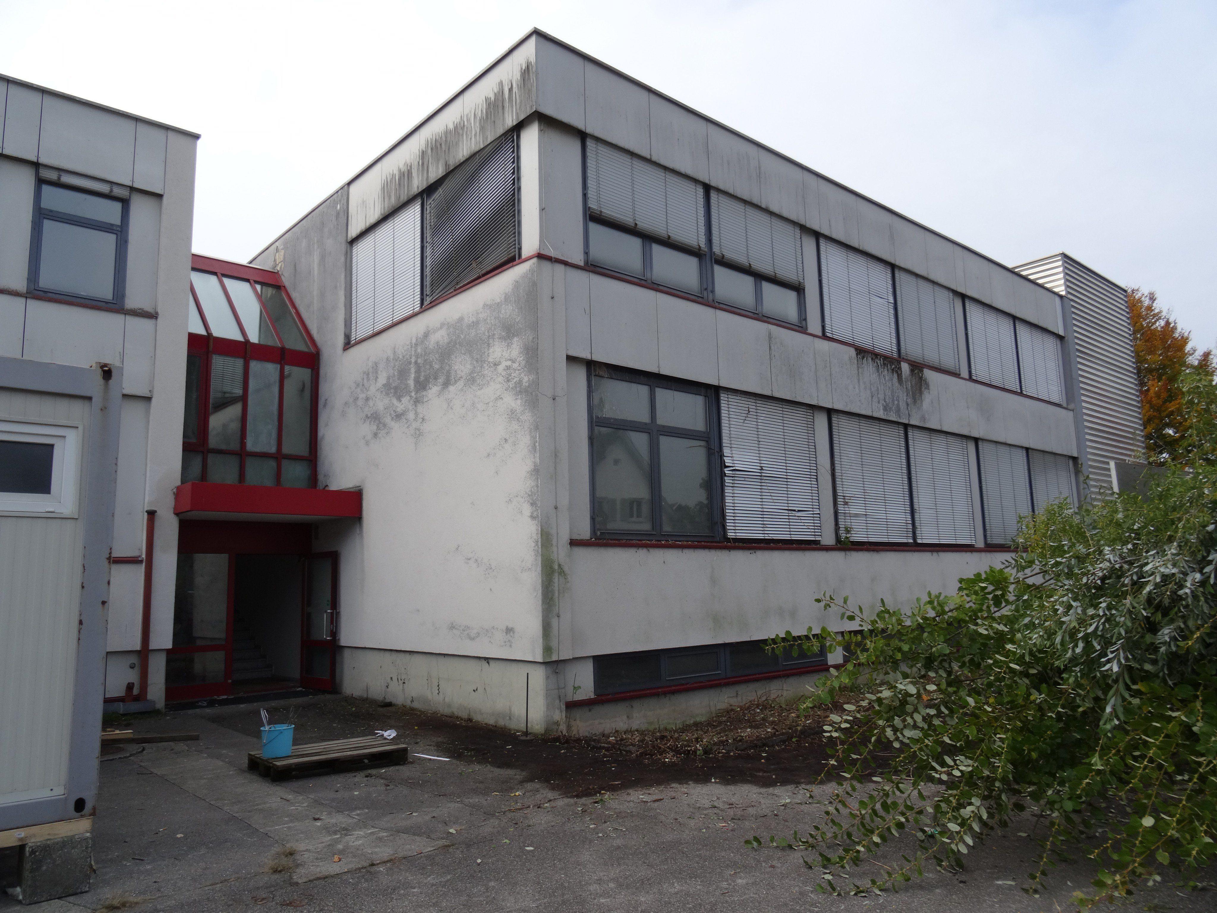 In Lochau wird derzeit eine ehemalige Druckerei als Notquartier adaptiert.