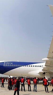 China präsentierte C919 mit Platz für 168 Passagiere
