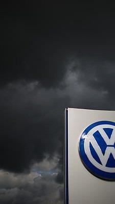 Weiter dunkle Wolken über VW