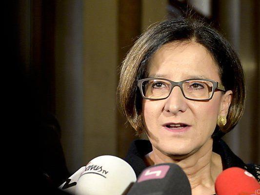 Innenministerin will Bevölkerung nicht überfordern