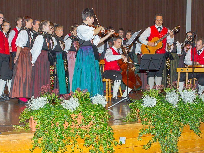 Volksmusik vom Feinsten gab es bei der Präsentation der neuen CD der Trachtengruppe Vandans zu hören.