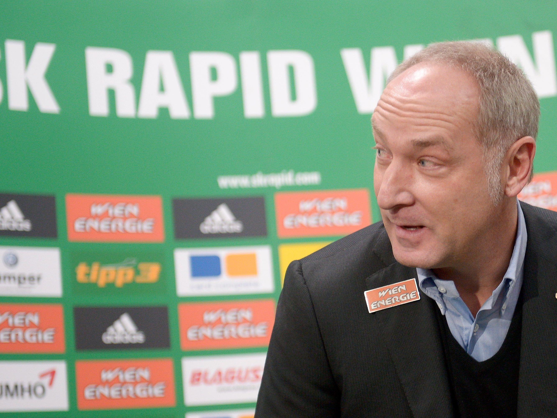 Rapid-Sportdirektor Andreas Müller denkt bereits über zukünftige Verstärkungen des Kaders nach.