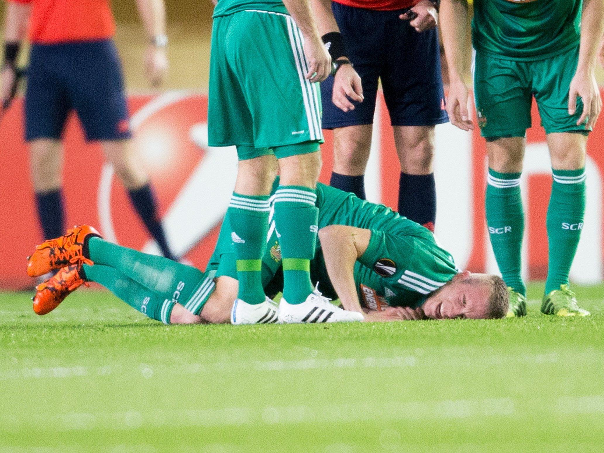 Christopher Dibon (Bild) und Jan Novota fallen mit Verletzungen mehrere Monate bei Rapid Wien aus.
